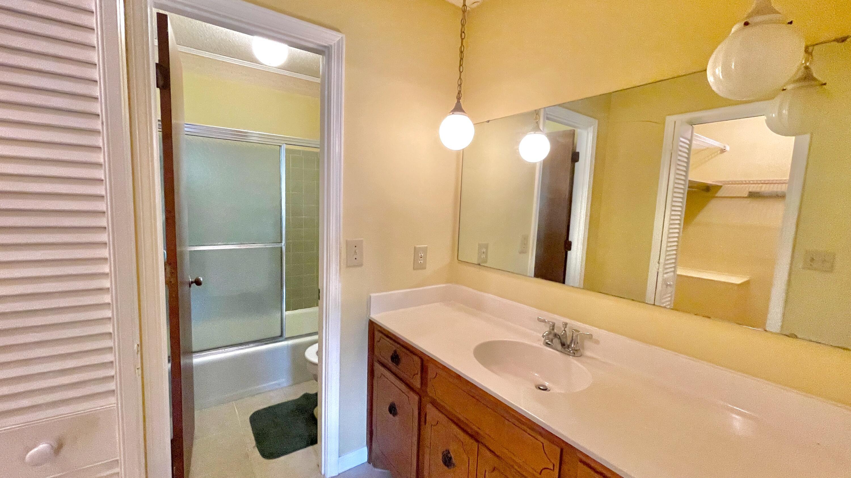 St James Estates Homes For Sale - 149 Lakeshore, Goose Creek, SC - 1