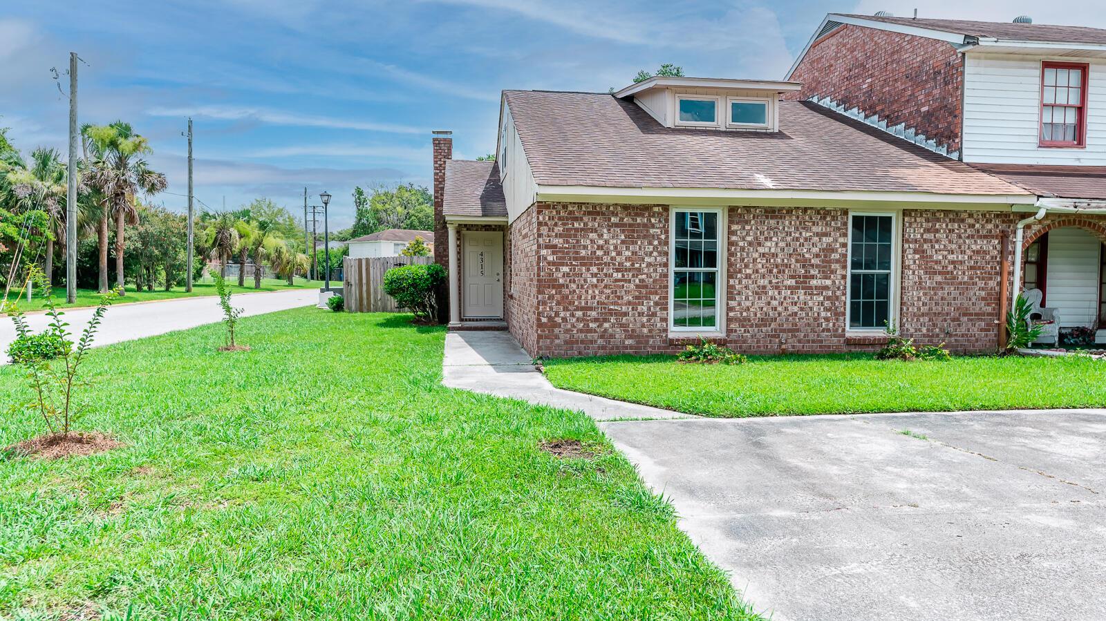 Ashley Villas Homes For Sale - 4315 Briarstone, North Charleston, SC - 32