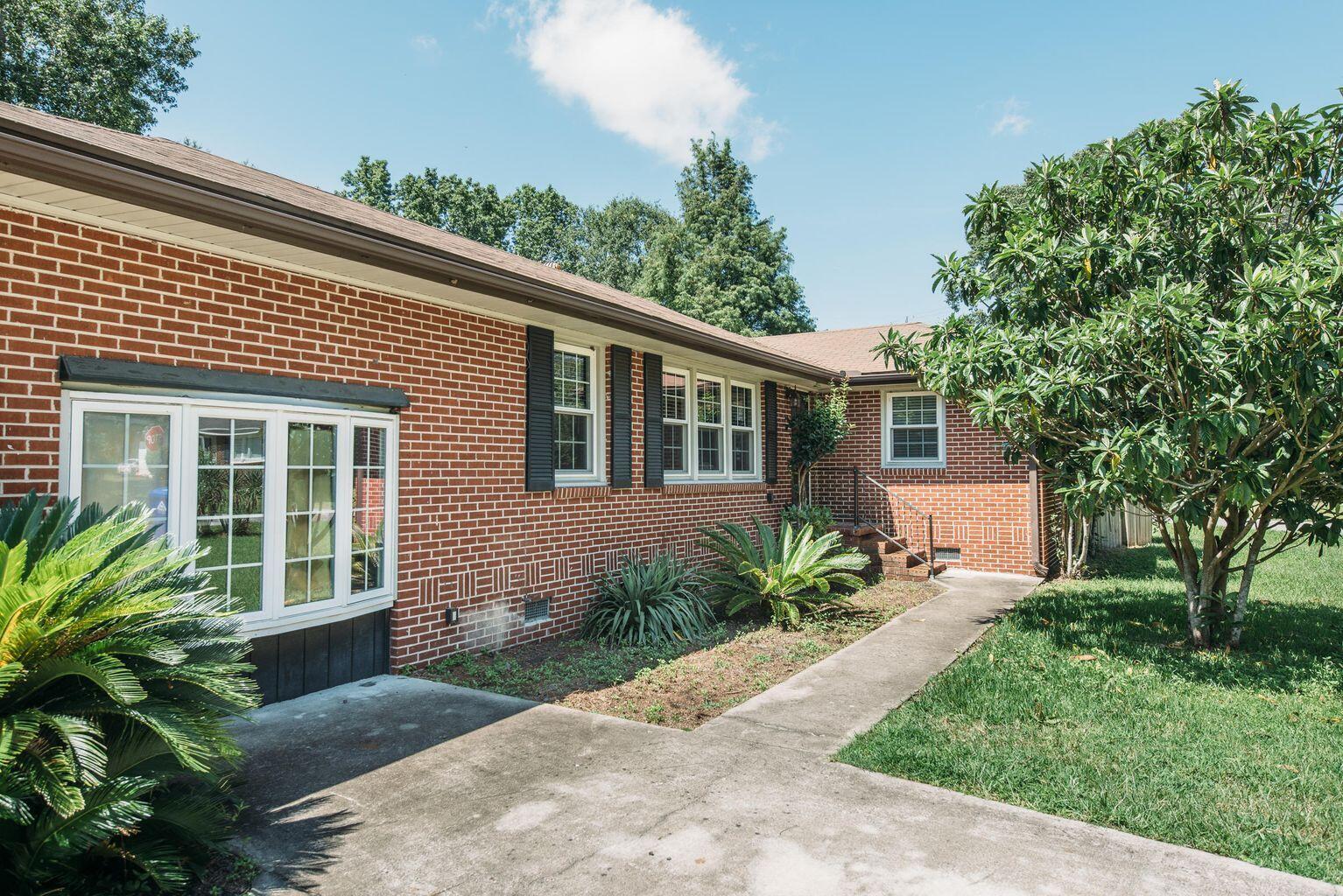 Jamestown Estates Homes For Sale - 943 Yorktown, Charleston, SC - 9