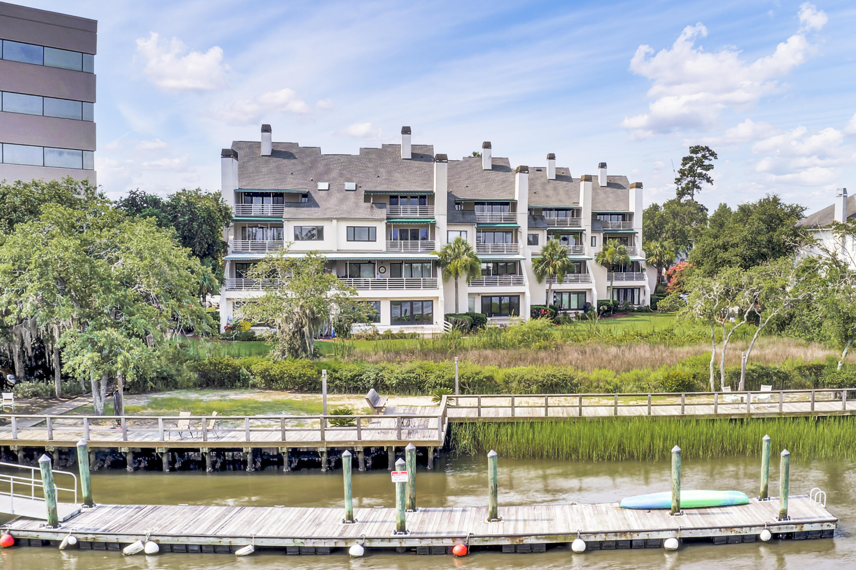 The Riverside Homes For Sale - 150 Wappoo Creek, Charleston, SC - 11