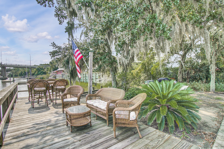 The Riverside Homes For Sale - 150 Wappoo Creek, Charleston, SC - 4