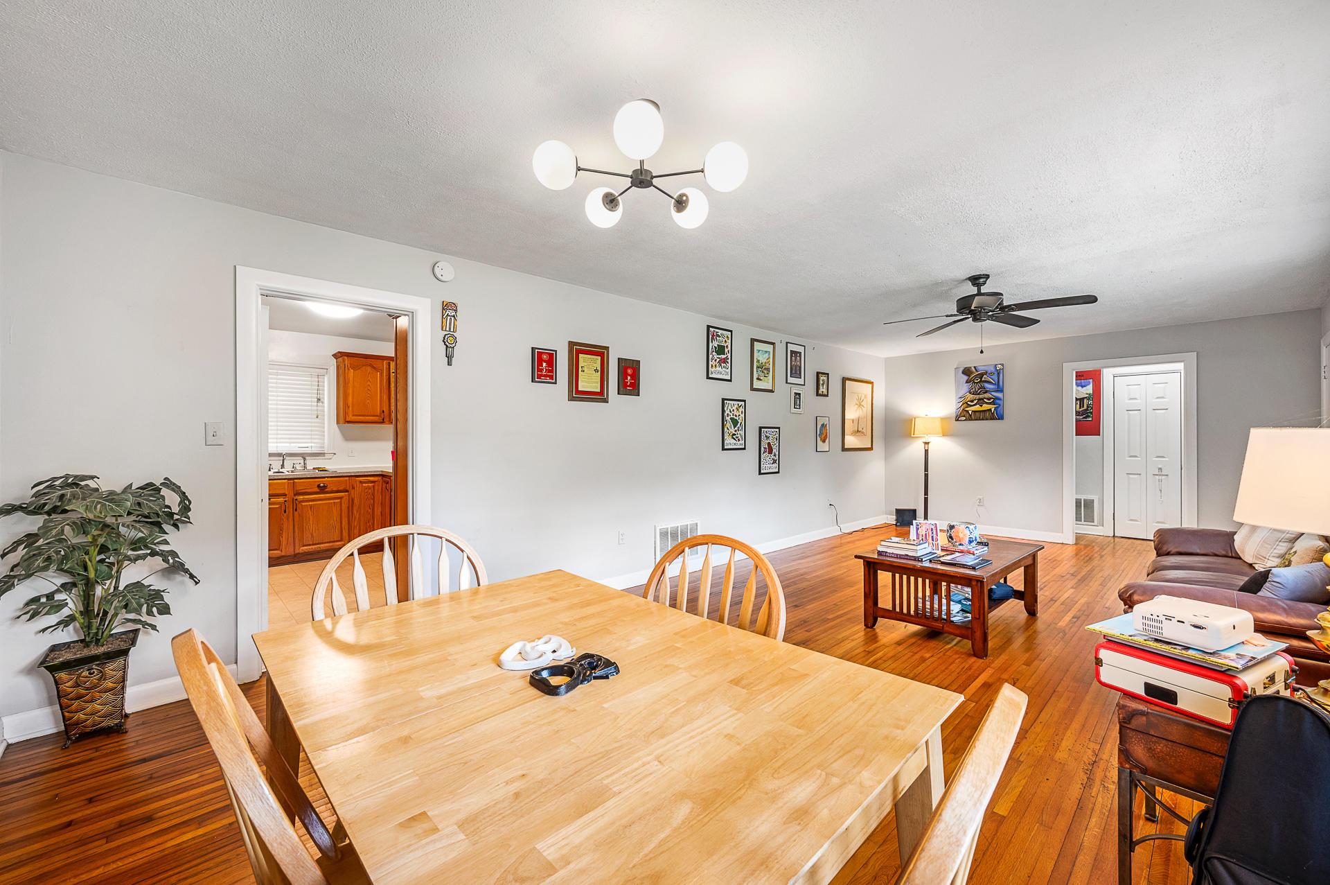 Jamestown Estates Homes For Sale - 943 Yorktown, Charleston, SC - 10