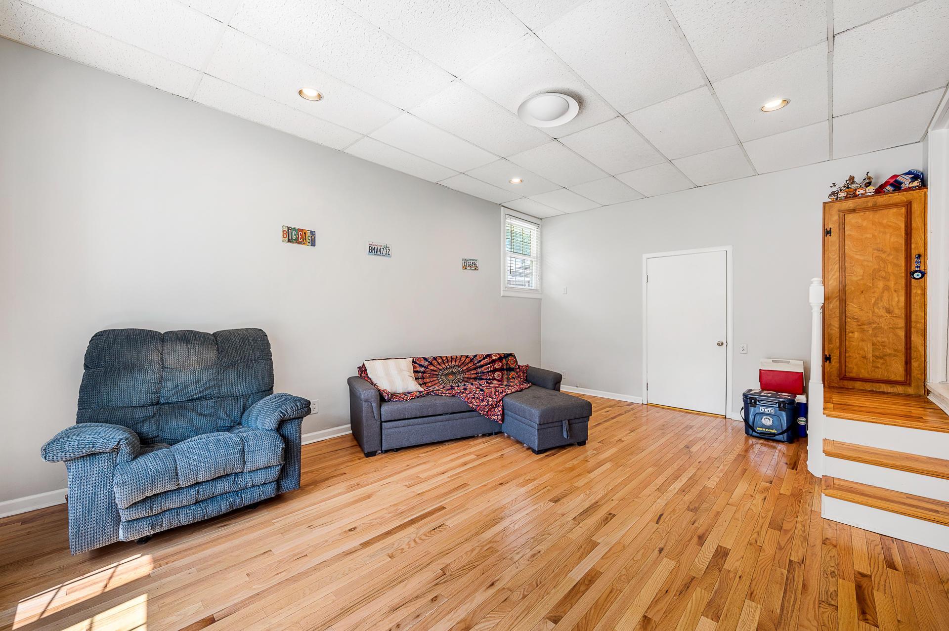 Jamestown Estates Homes For Sale - 943 Yorktown, Charleston, SC - 14