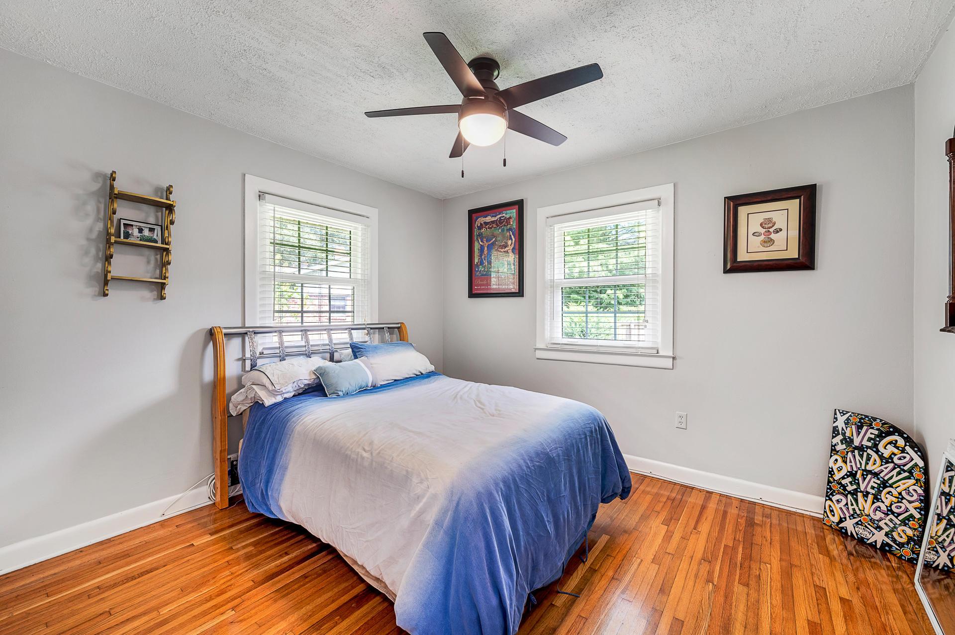 Jamestown Estates Homes For Sale - 943 Yorktown, Charleston, SC - 13