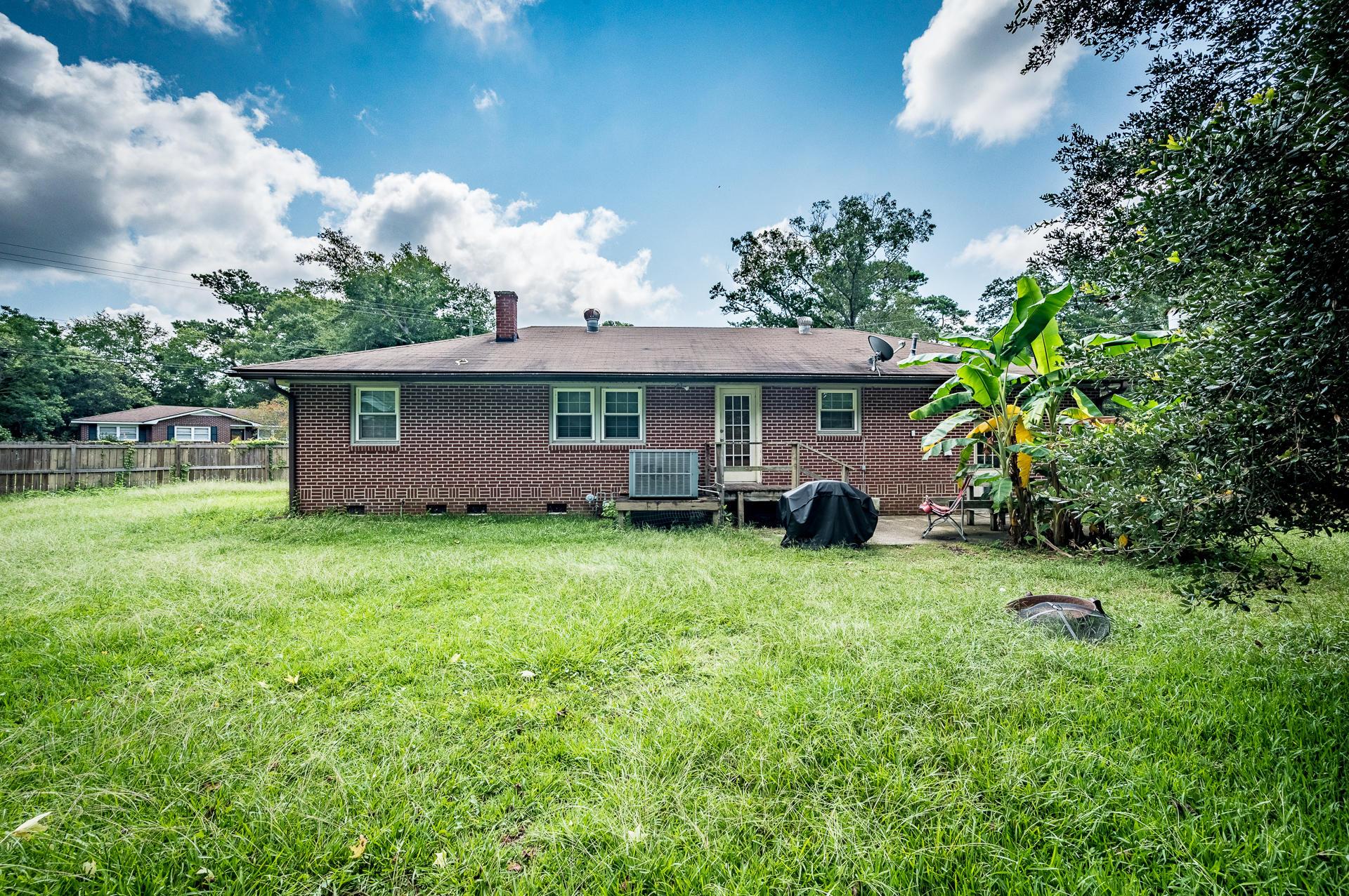 Jamestown Estates Homes For Sale - 943 Yorktown, Charleston, SC - 3