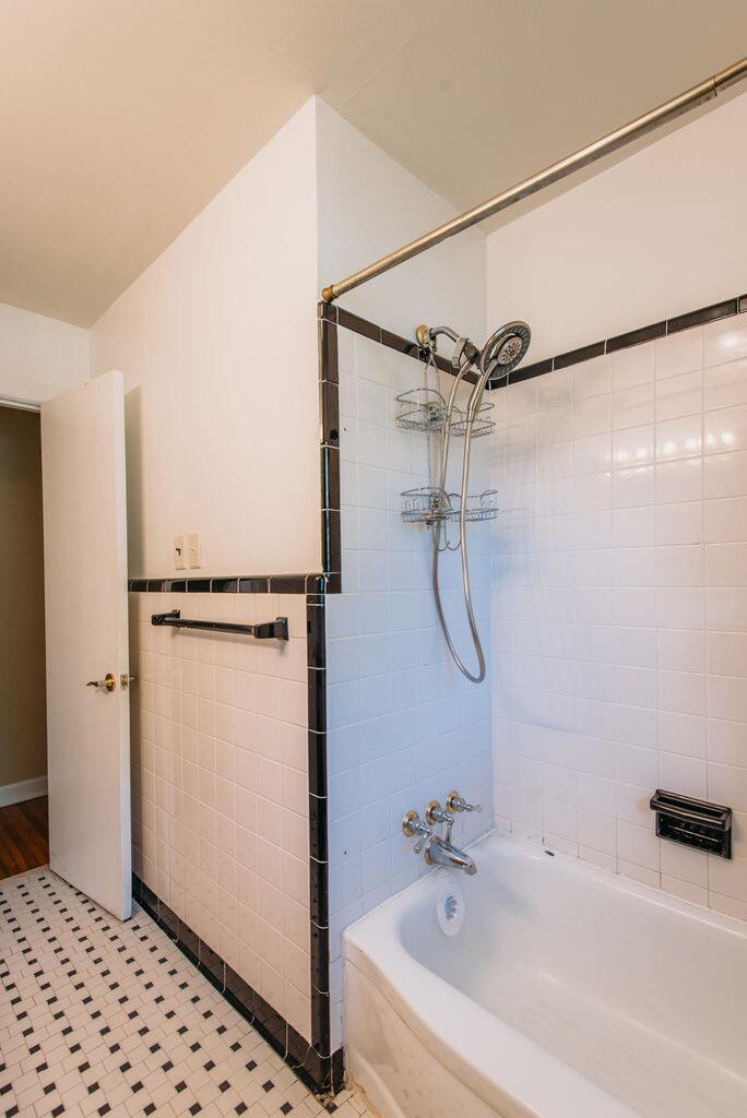 Jamestown Estates Homes For Sale - 943 Yorktown, Charleston, SC - 17