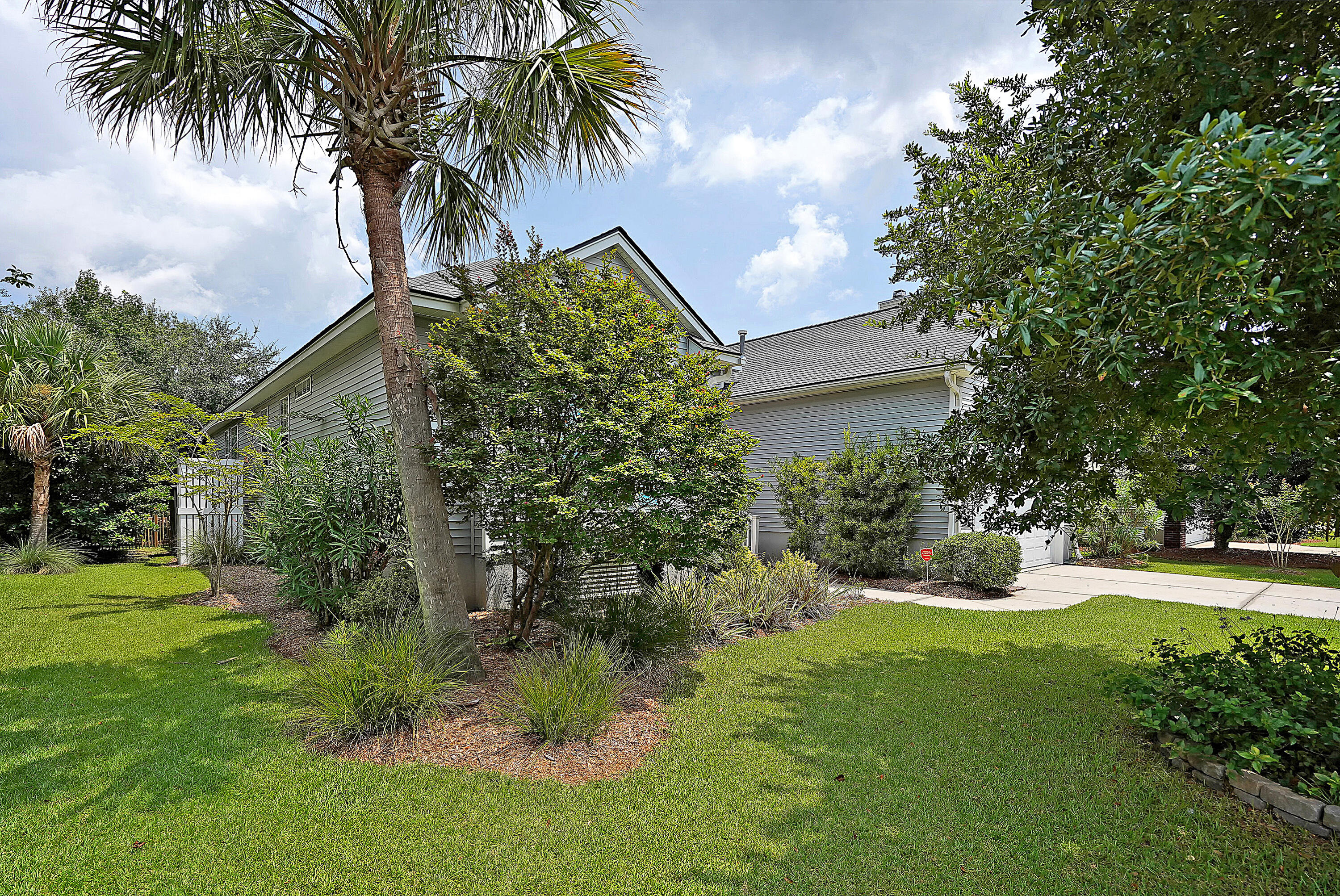 Rivertowne Country Club Homes For Sale - 1869 Palmetto Isle, Mount Pleasant, SC - 38
