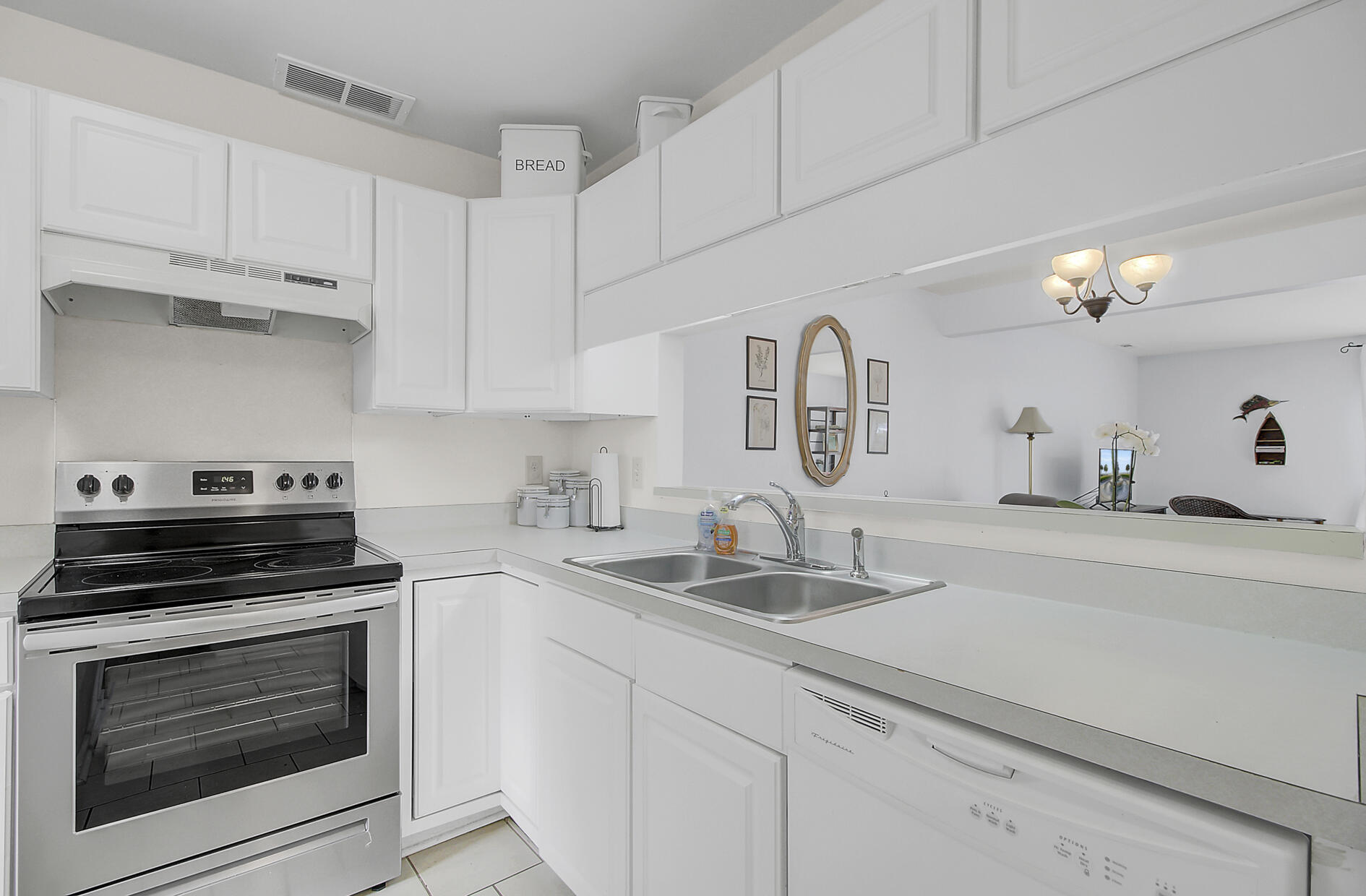 Riverland Place Homes For Sale - 234 Stefan, Charleston, SC - 18