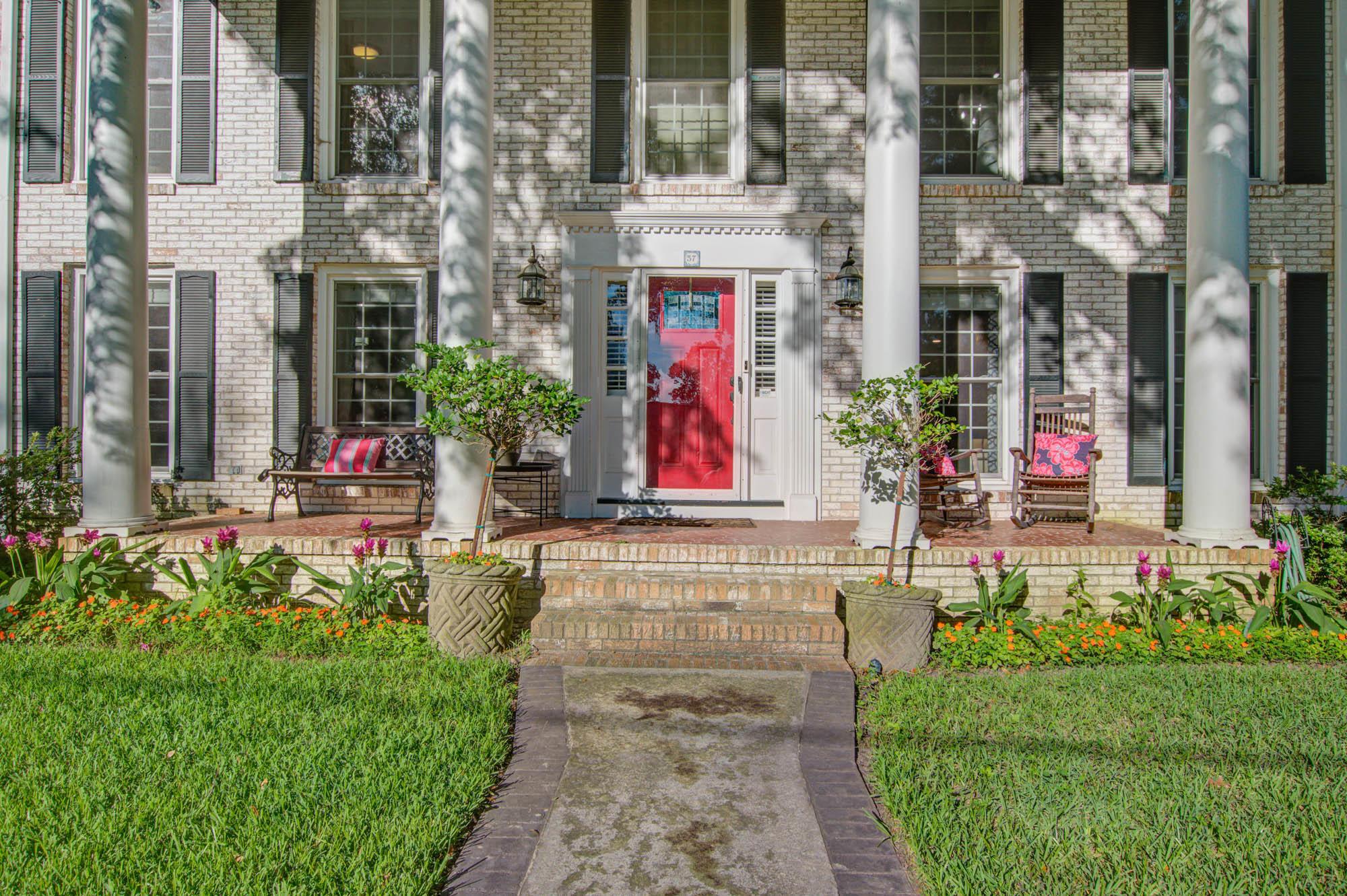 Sandhurst Homes For Sale - 37 Sussex, Charleston, SC - 37