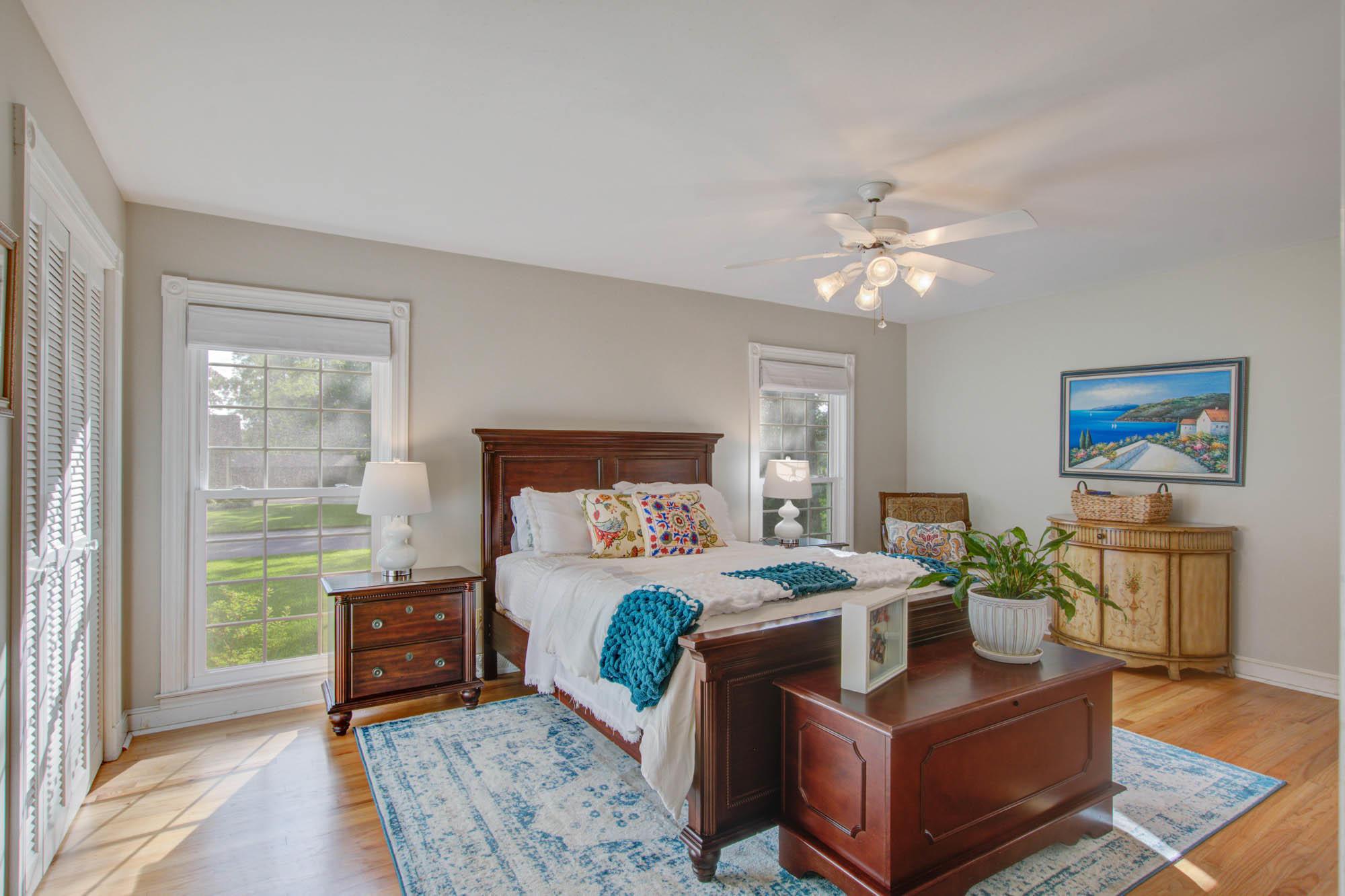 Sandhurst Homes For Sale - 37 Sussex, Charleston, SC - 29