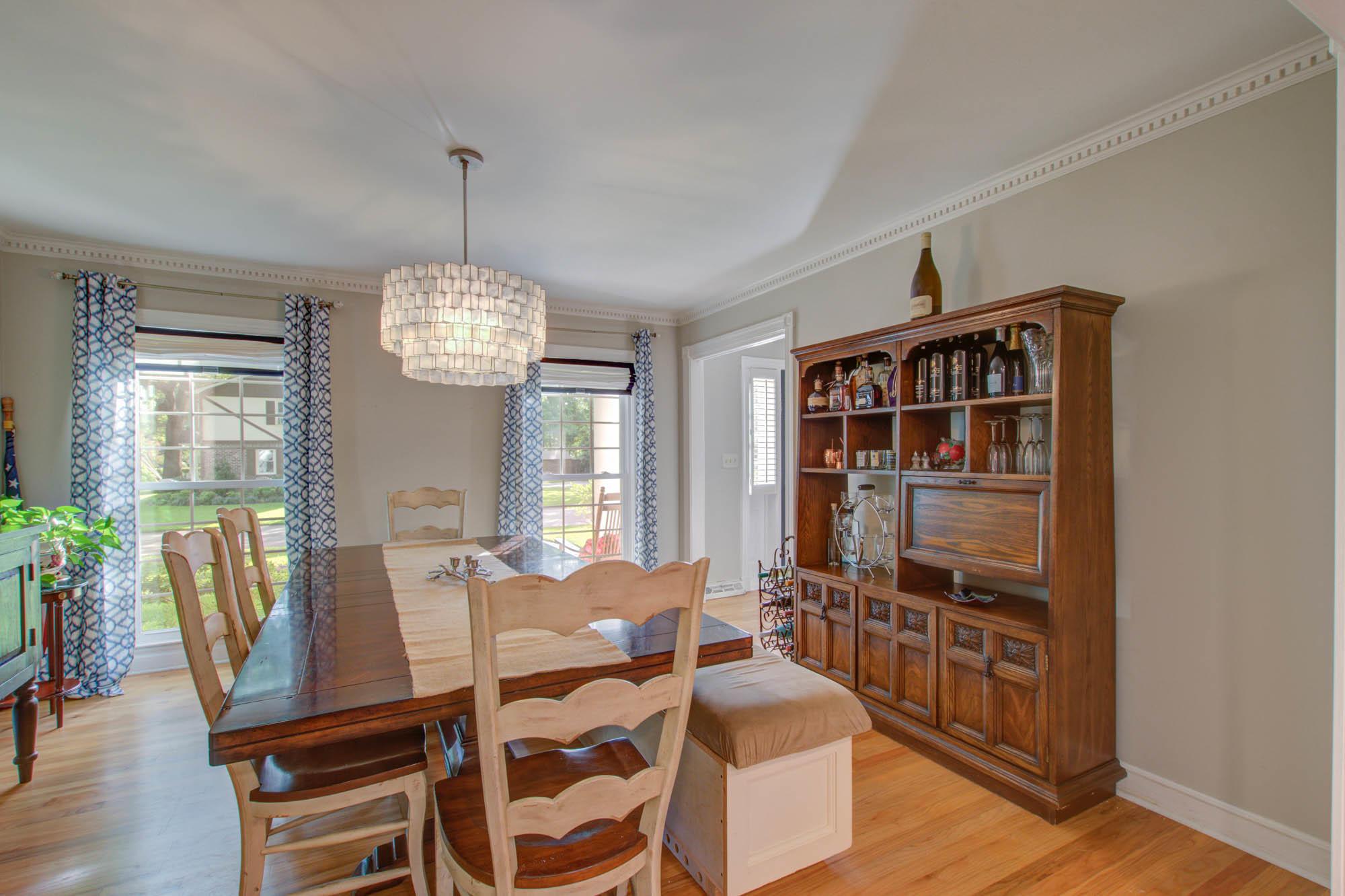Sandhurst Homes For Sale - 37 Sussex, Charleston, SC - 1