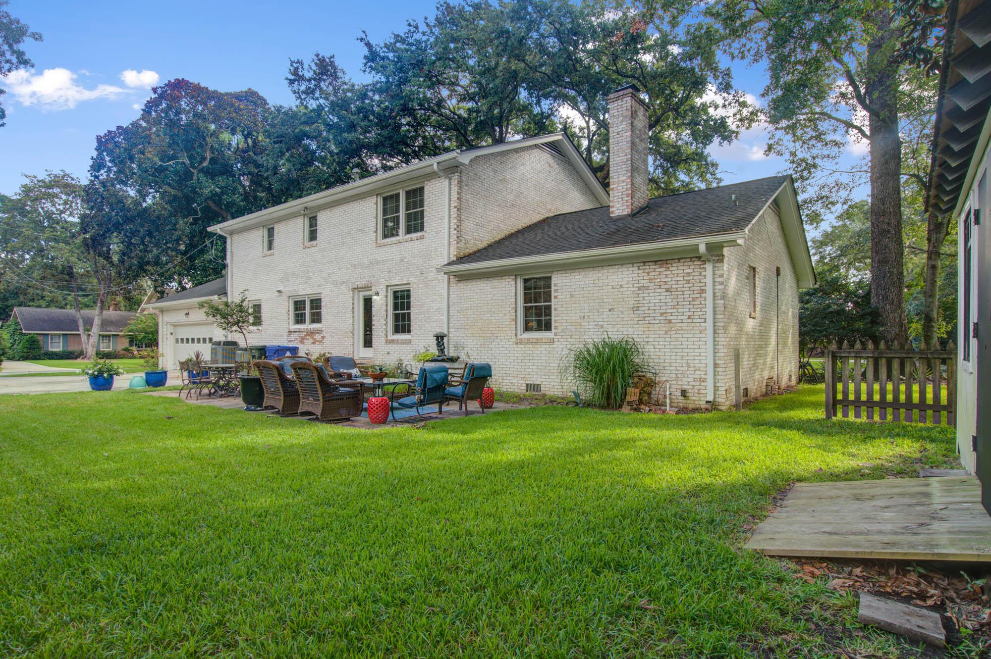 Sandhurst Homes For Sale - 37 Sussex, Charleston, SC - 12