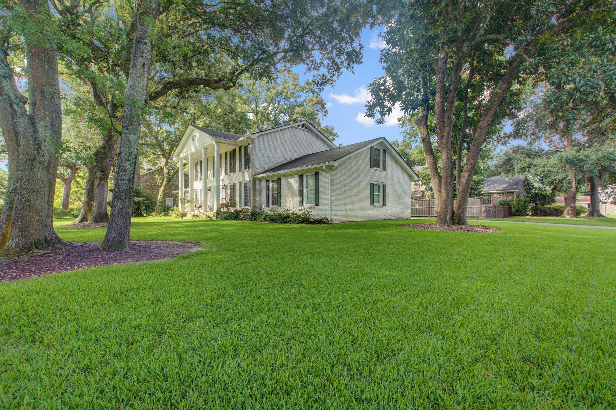 Sandhurst Homes For Sale - 37 Sussex, Charleston, SC - 10