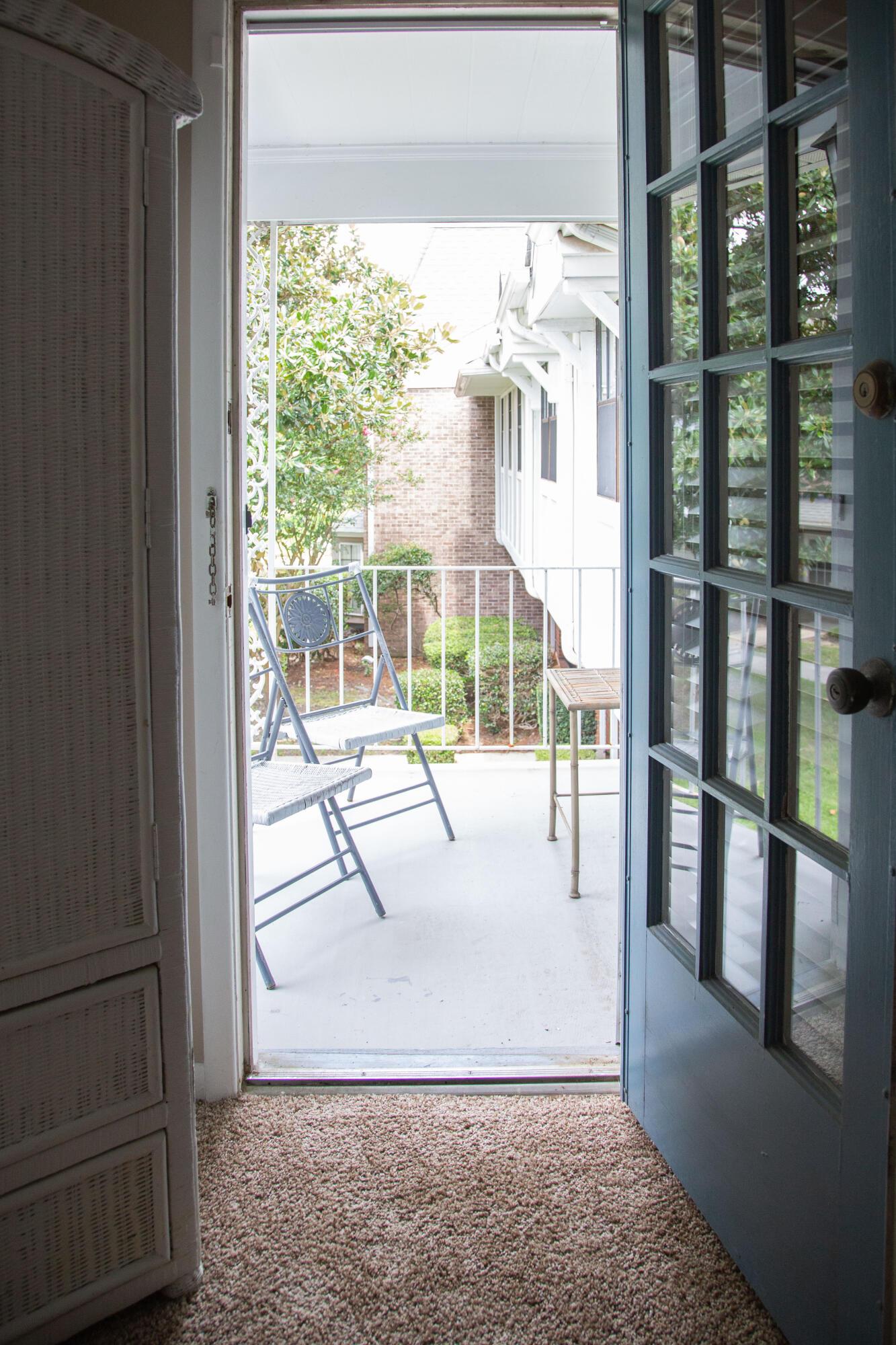 Old Towne Villas Homes For Sale - 2923 Barrington, Charleston, SC - 7