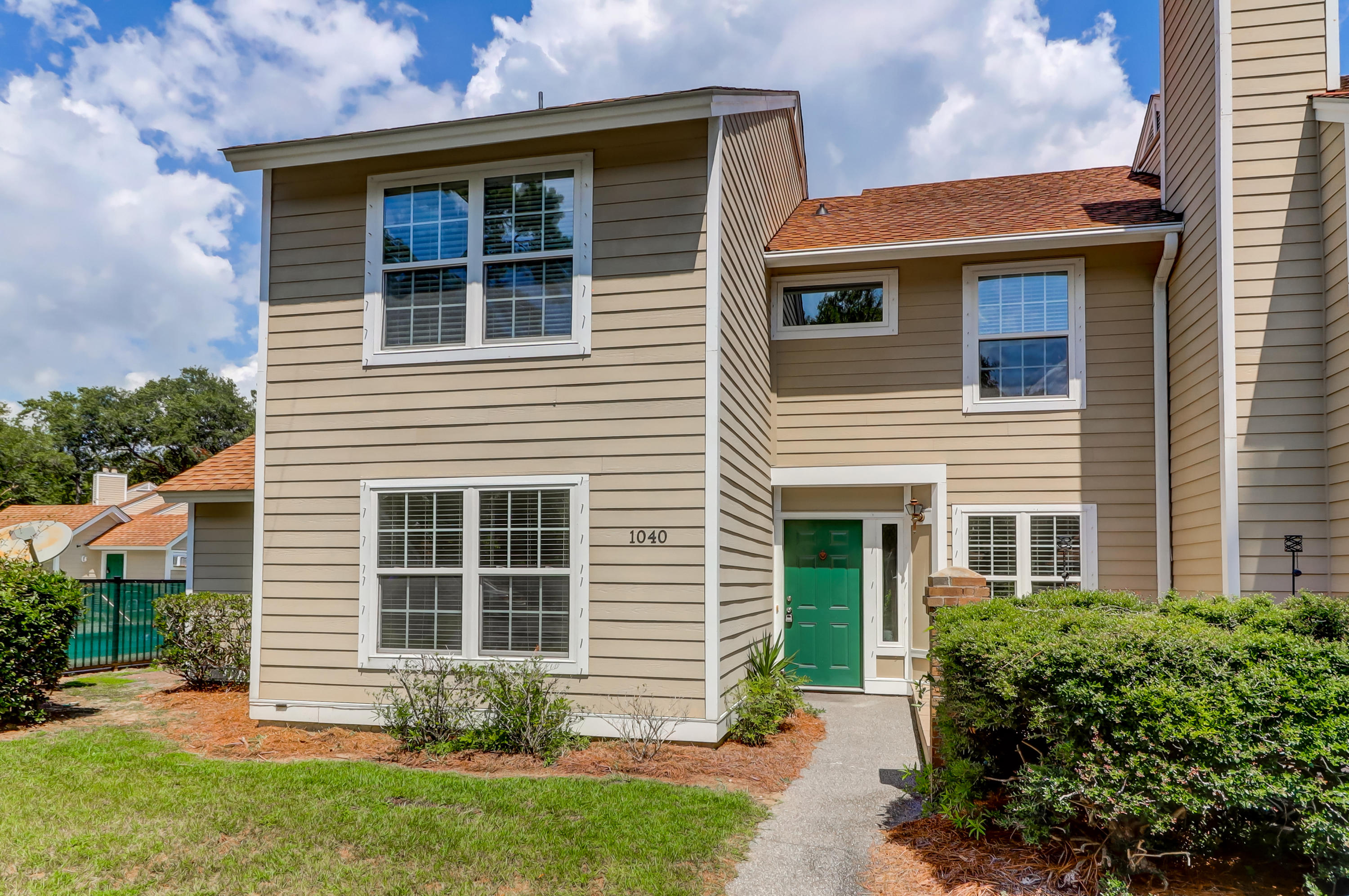 1040 Planters Place, Mount Pleasant, 29464, 2 Bedrooms Bedrooms, ,2 BathroomsBathrooms,Residential,For Sale,Planters,21022862
