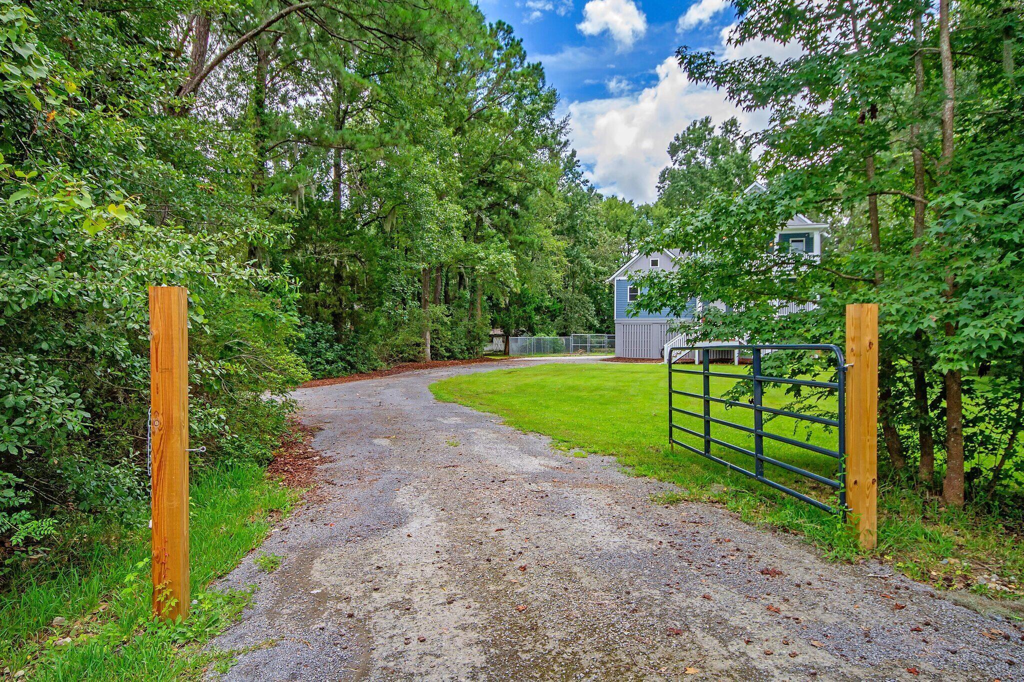 3007 Savannah Highway, Charleston, 29414, 4 Bedrooms Bedrooms, ,2 BathroomsBathrooms,Residential,For Sale,Savannah,21022985