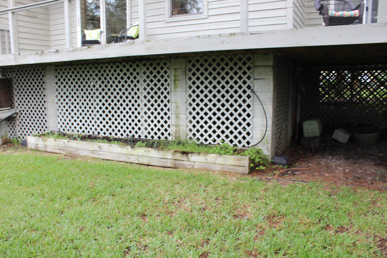 Marsh Pointe Homes For Sale - 1072 Marsh Court Lane, Mount Pleasant, SC - 29