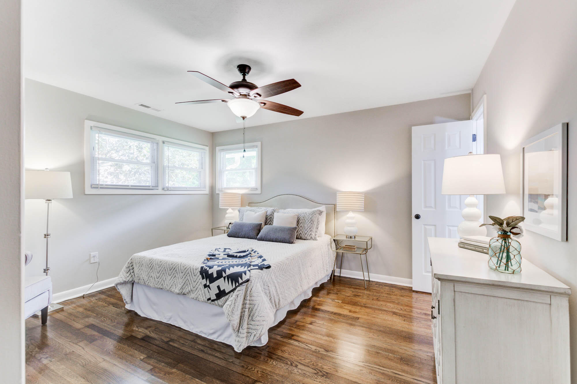 Lighthouse Point Homes For Sale - 1112 Brigantine, Charleston, SC - 3