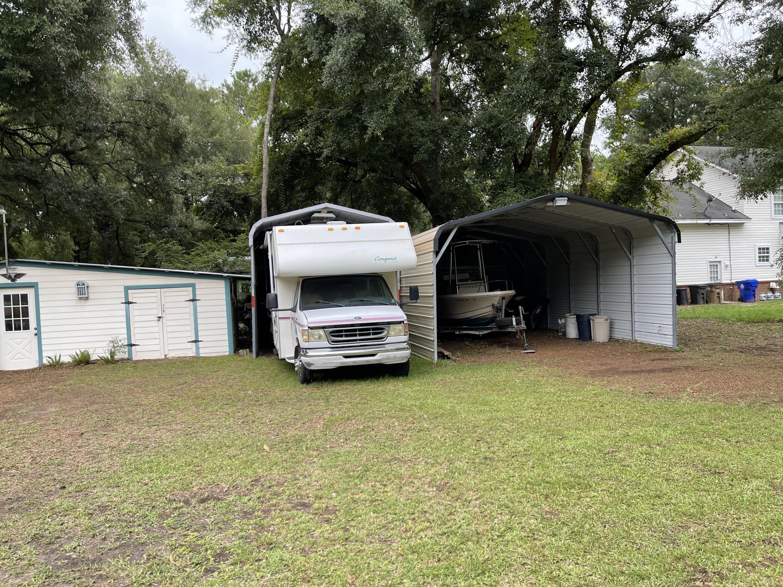 Greencrest Homes For Sale - 1435 Fort Johnson, Charleston, SC - 29
