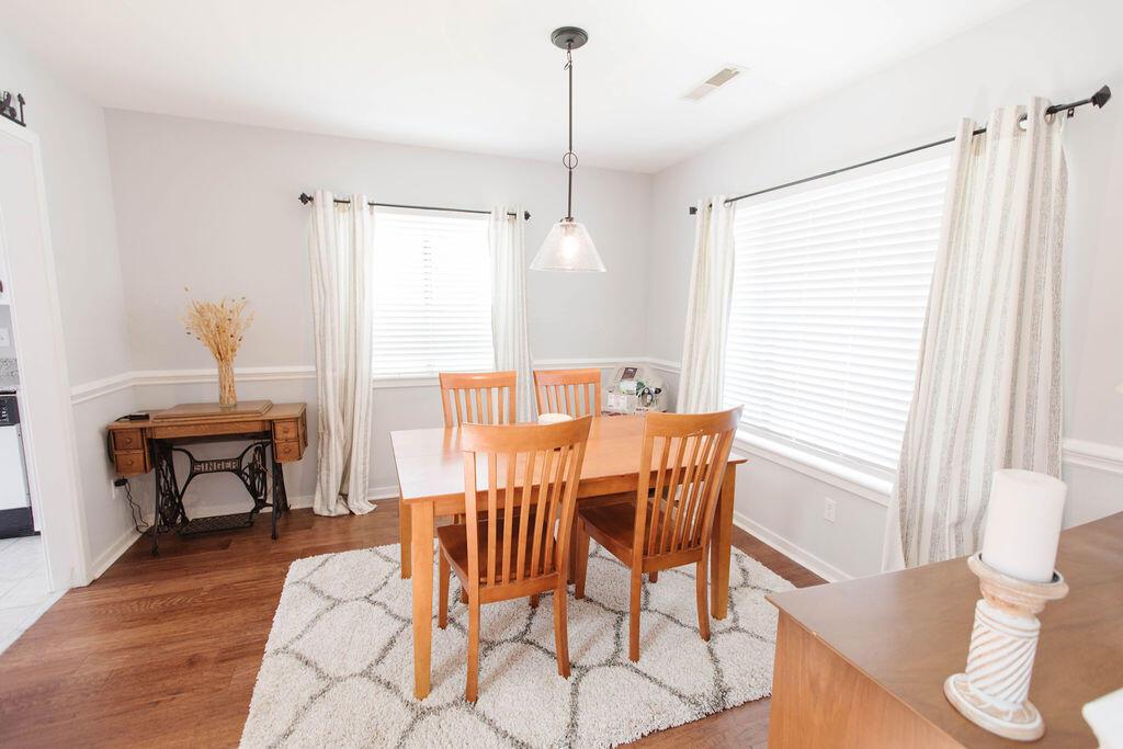 Snee Farm Homes For Sale - 1136 Honeysuckle, Mount Pleasant, SC - 29