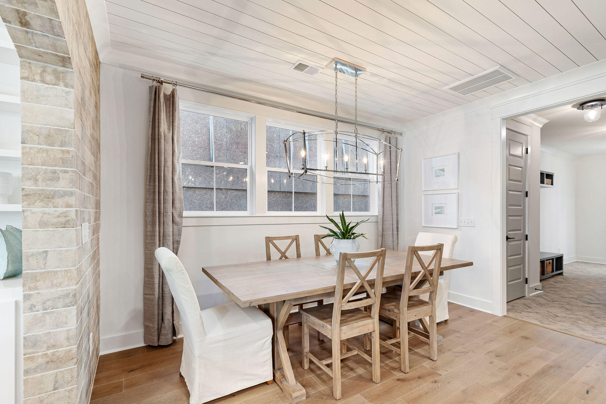 Avenue of Oaks Homes For Sale - 1027 Avenue Of Oaks, Charleston, SC - 29