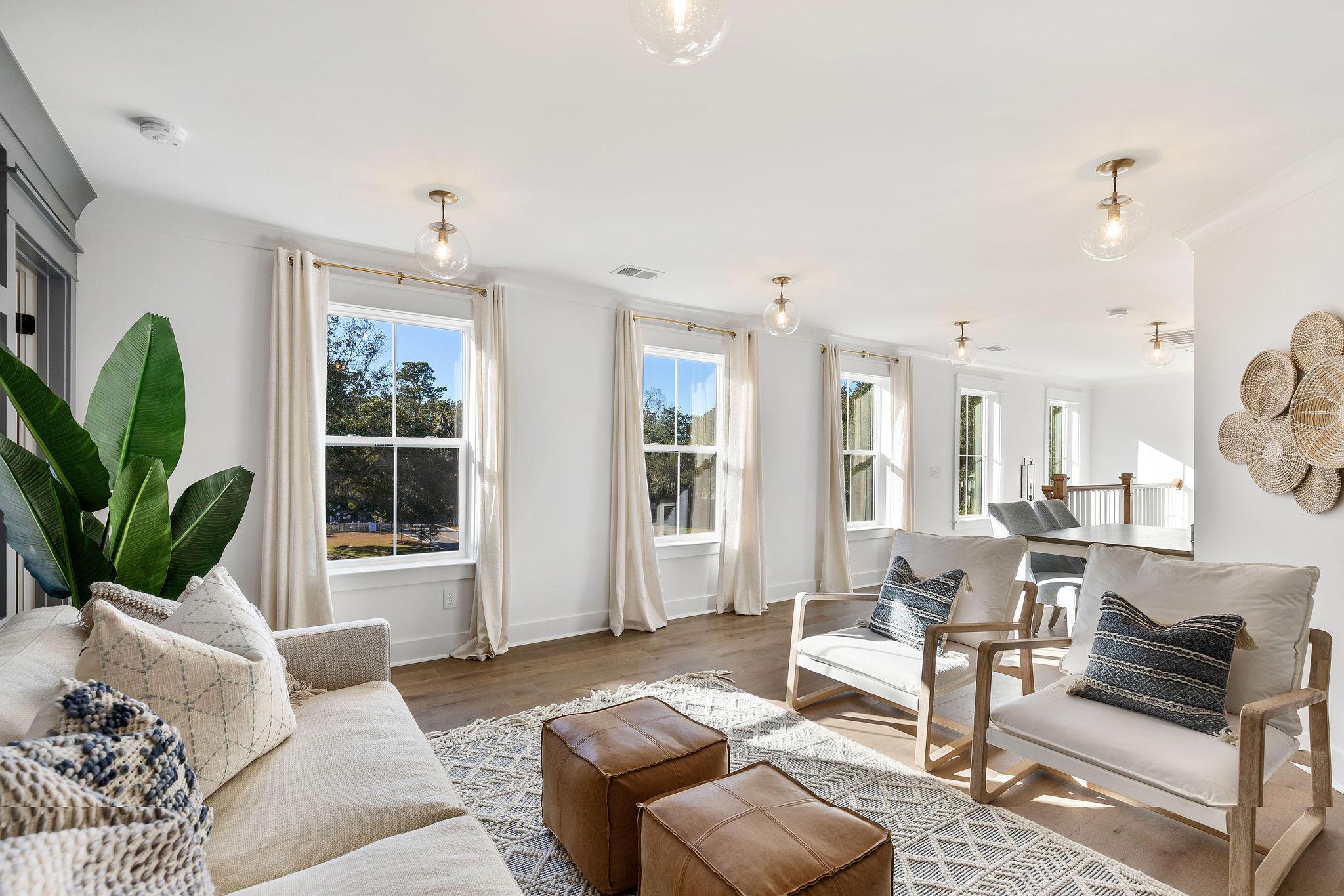 Avenue of Oaks Homes For Sale - 1027 Avenue Of Oaks, Charleston, SC - 18
