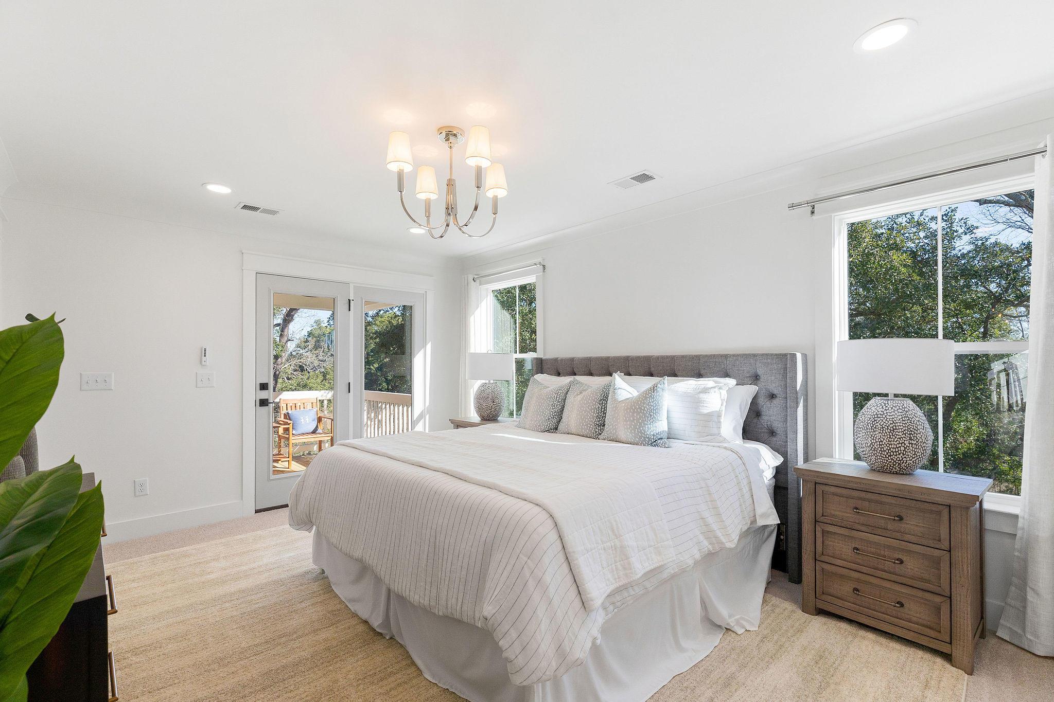 Avenue of Oaks Homes For Sale - 1027 Avenue Of Oaks, Charleston, SC - 16
