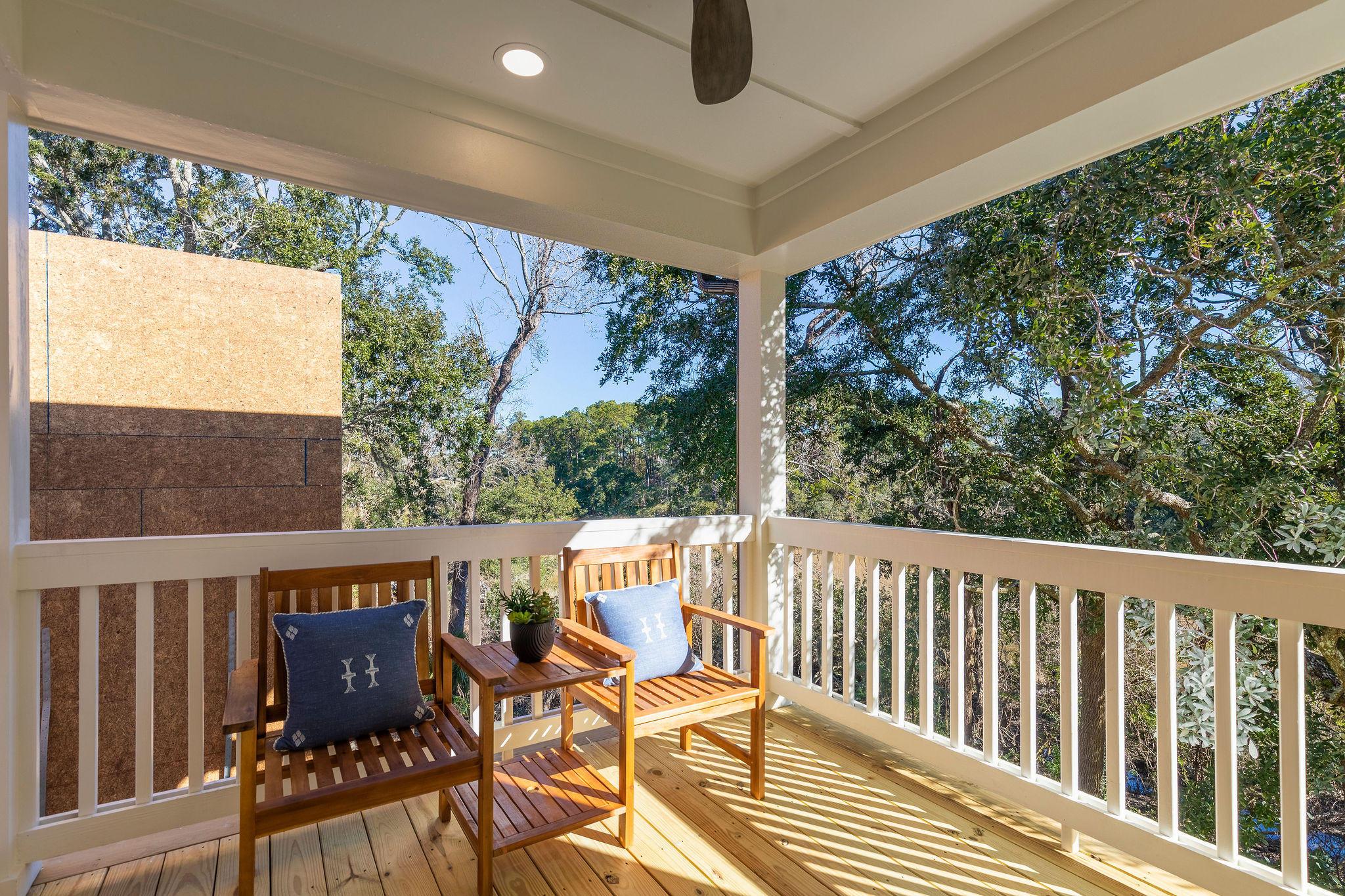 Avenue of Oaks Homes For Sale - 1027 Avenue Of Oaks, Charleston, SC - 11