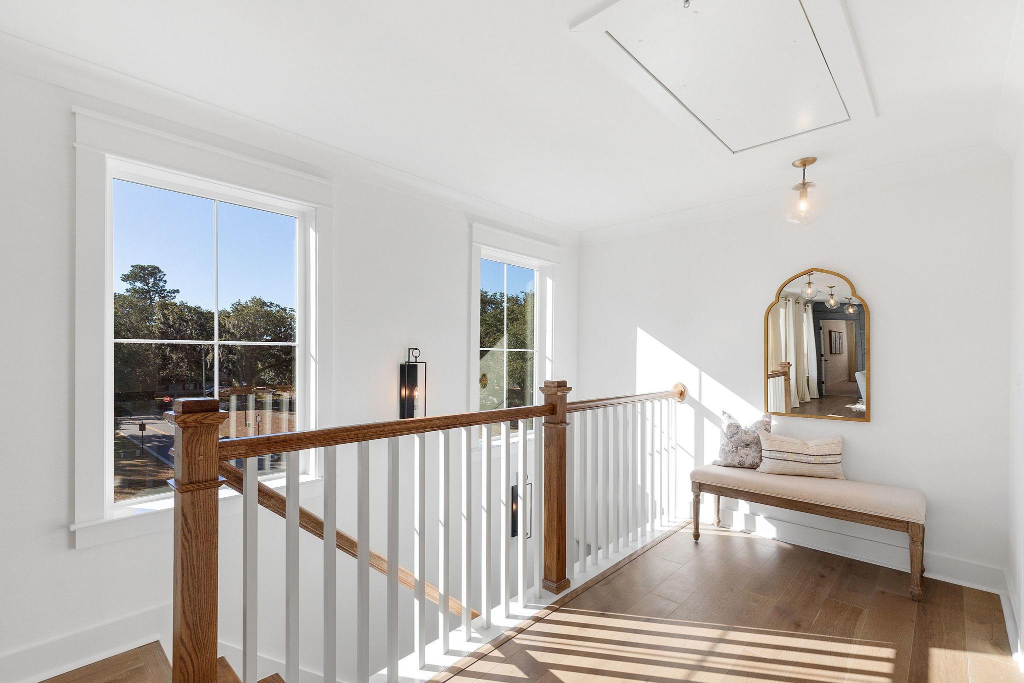 Avenue of Oaks Homes For Sale - 1027 Avenue Of Oaks, Charleston, SC - 8