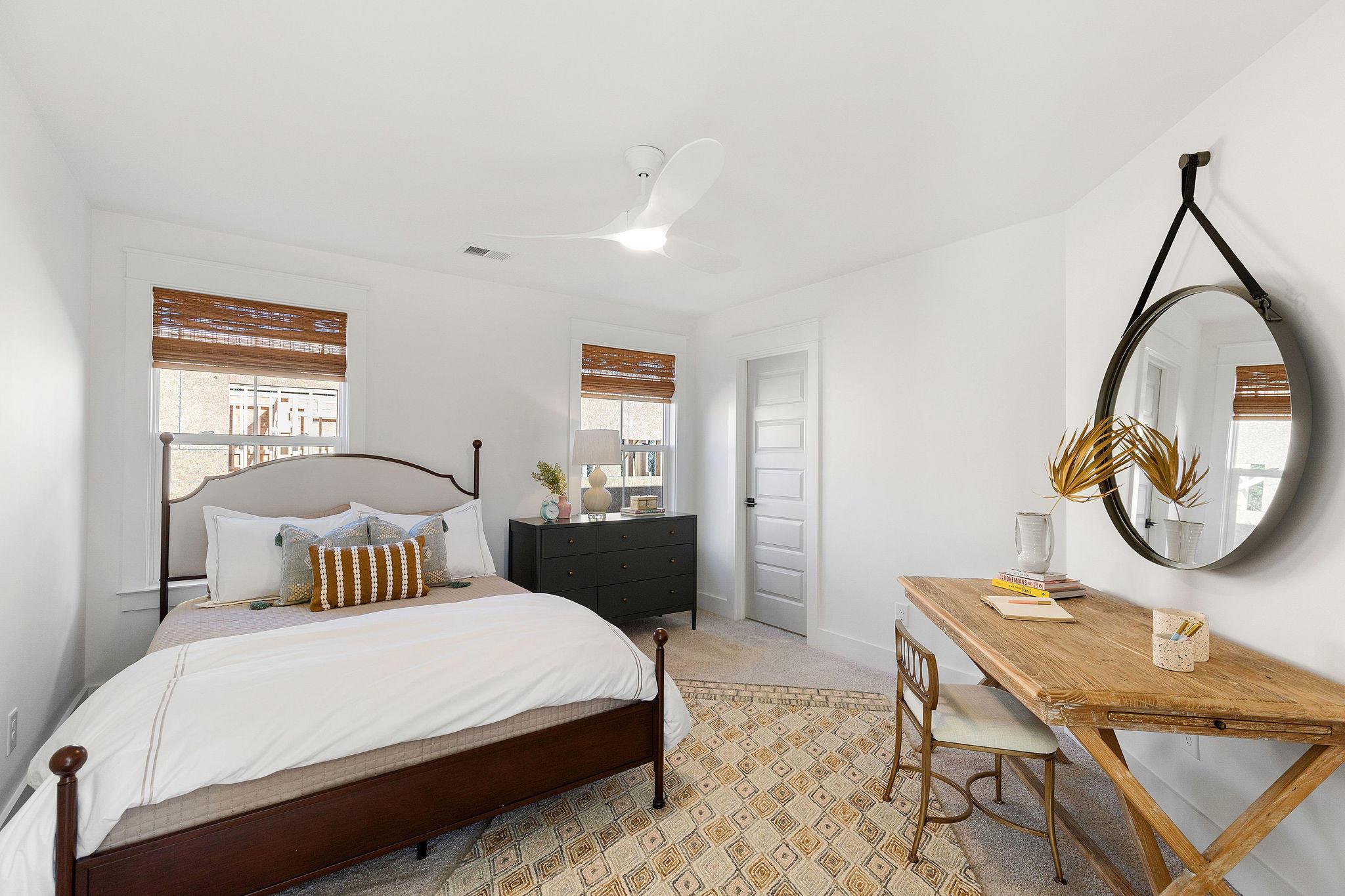 Avenue of Oaks Homes For Sale - 1027 Avenue Of Oaks, Charleston, SC - 7