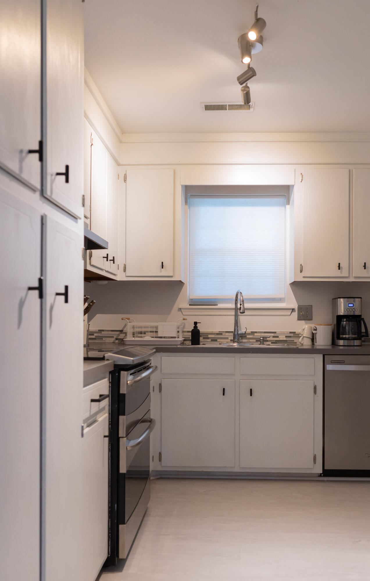 Lynwood Homes For Sale - 1039 Kingswood, Charleston, SC - 18