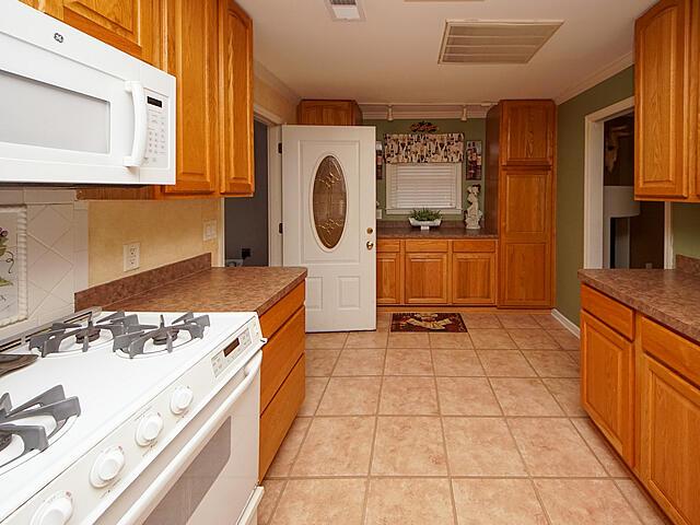 Greencrest Homes For Sale - 1435 Fort Johnson, Charleston, SC - 41