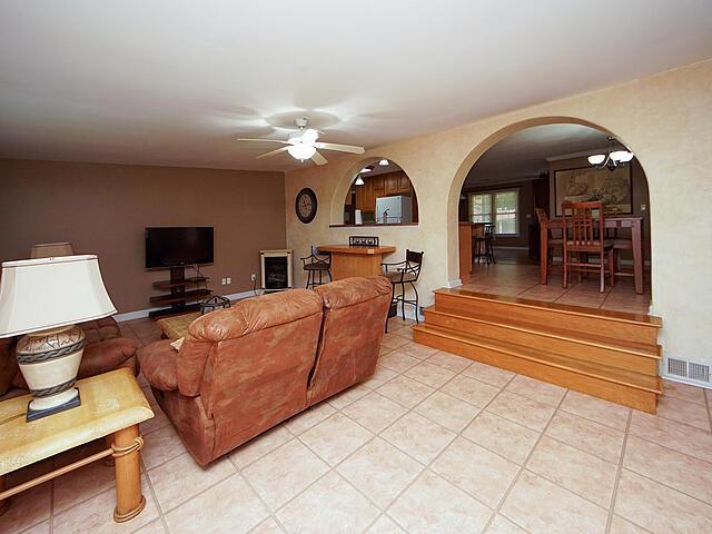 Greencrest Homes For Sale - 1435 Fort Johnson, Charleston, SC - 16