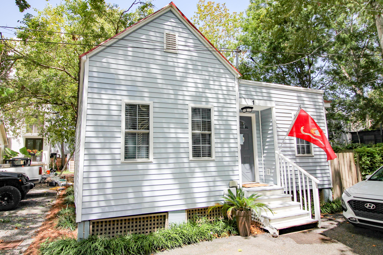 1 Oliver Court, Charleston, 29403, 2 Bedrooms Bedrooms, ,2 BathroomsBathrooms,Residential,For Sale,Oliver,21024418