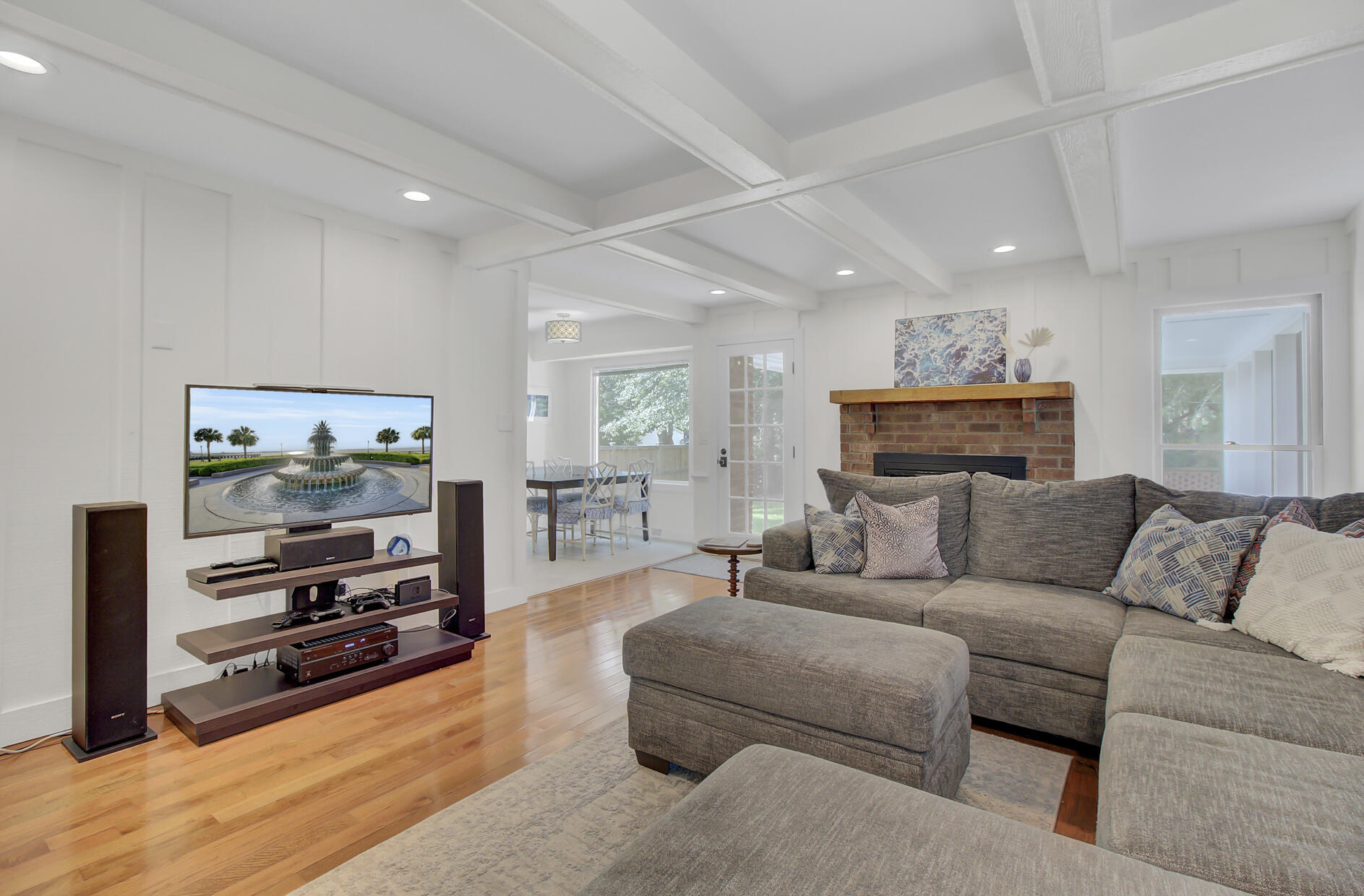 Snee Farm Homes For Sale - 1137 Parkway, Mount Pleasant, SC - 7