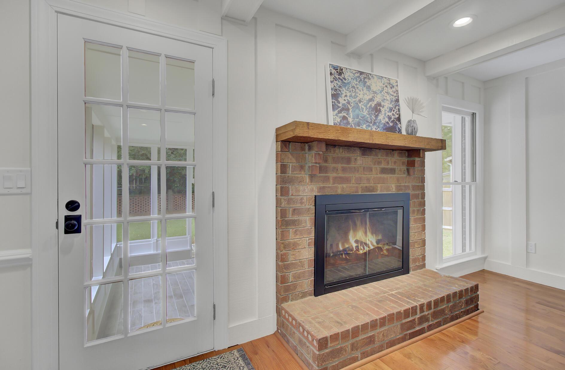 Snee Farm Homes For Sale - 1137 Parkway, Mount Pleasant, SC - 8
