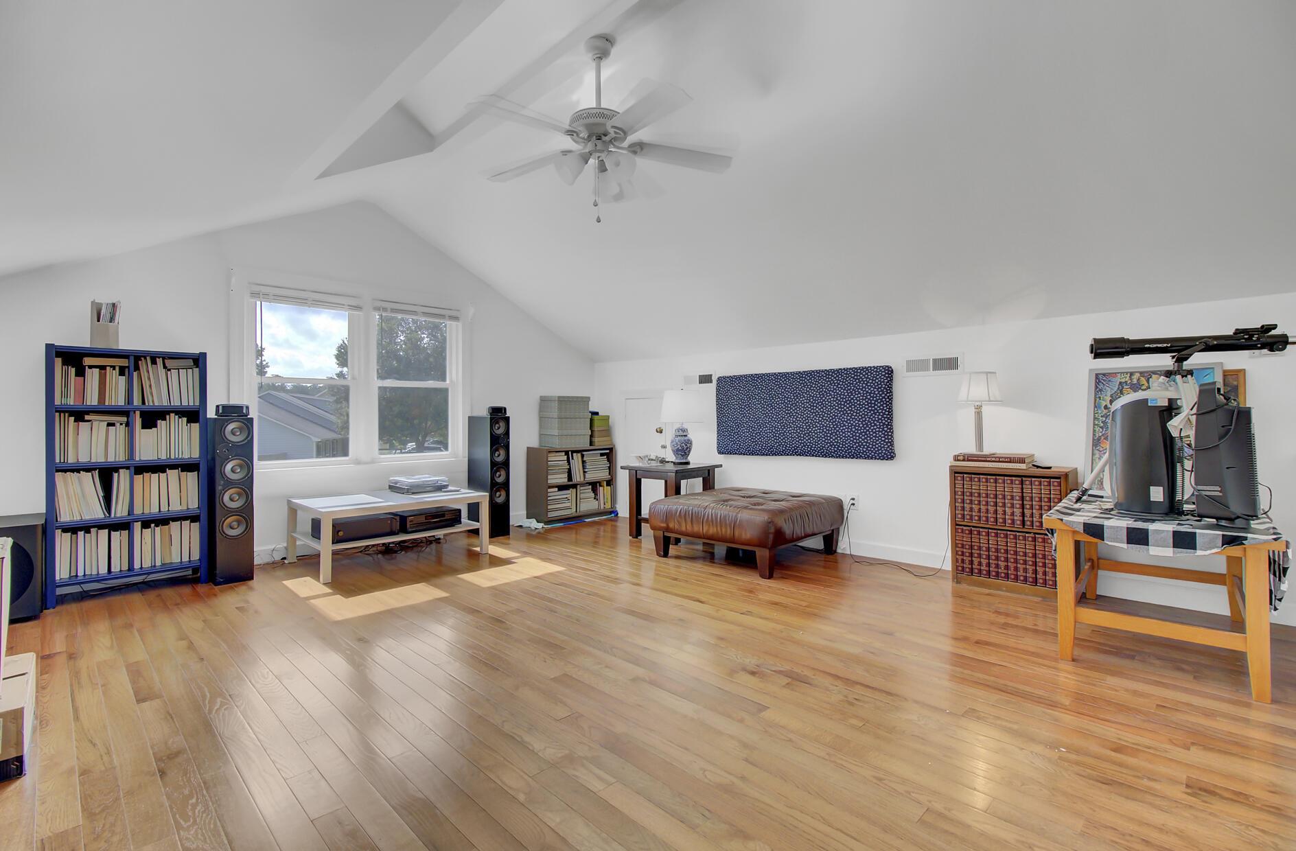 Snee Farm Homes For Sale - 1137 Parkway, Mount Pleasant, SC - 38