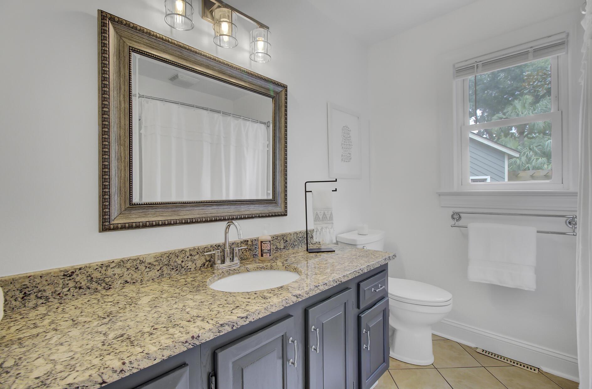 Snee Farm Homes For Sale - 1137 Parkway, Mount Pleasant, SC - 29
