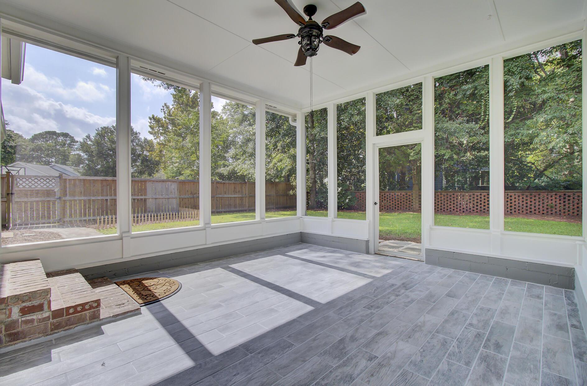 Snee Farm Homes For Sale - 1137 Parkway, Mount Pleasant, SC - 24