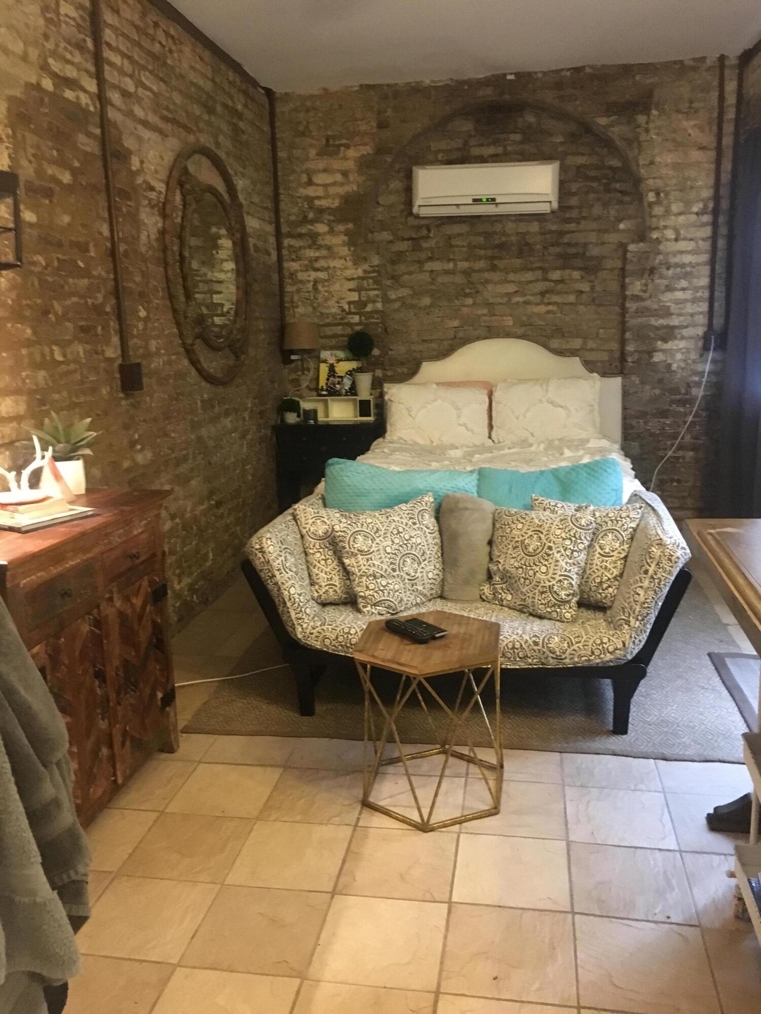 Wraggborough Homes For Sale - 15 Judith, Charleston, SC - 12
