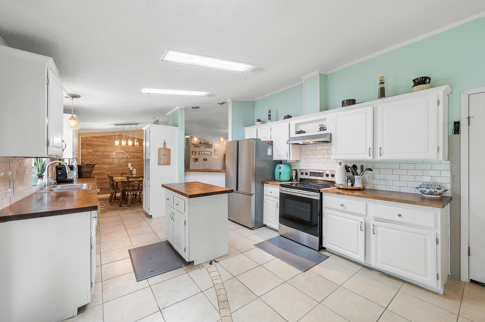 Clemson Terrace Homes For Sale - 250 Medina, Summerville, SC - 27