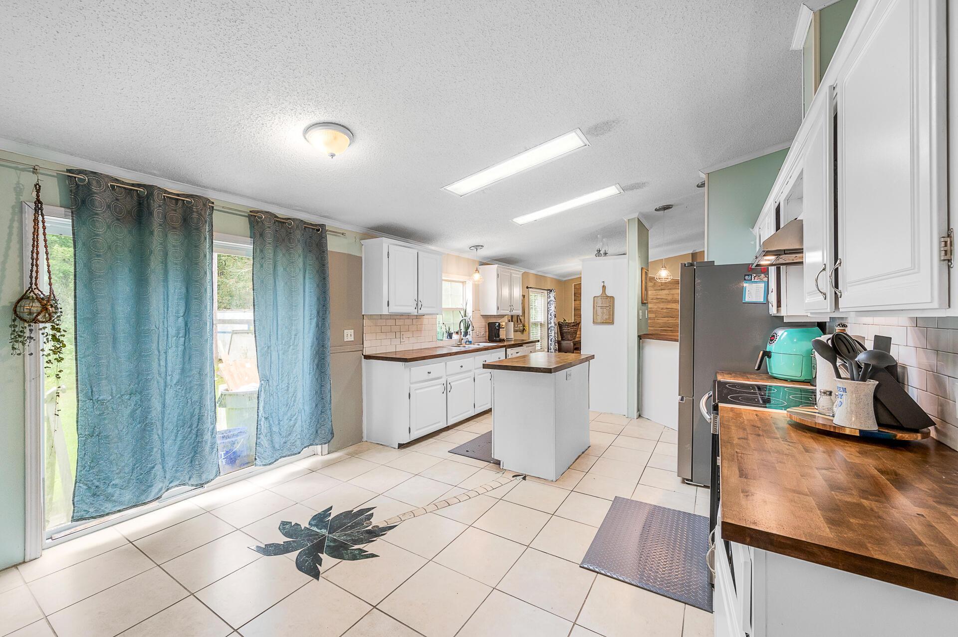 Clemson Terrace Homes For Sale - 250 Medina, Summerville, SC - 19