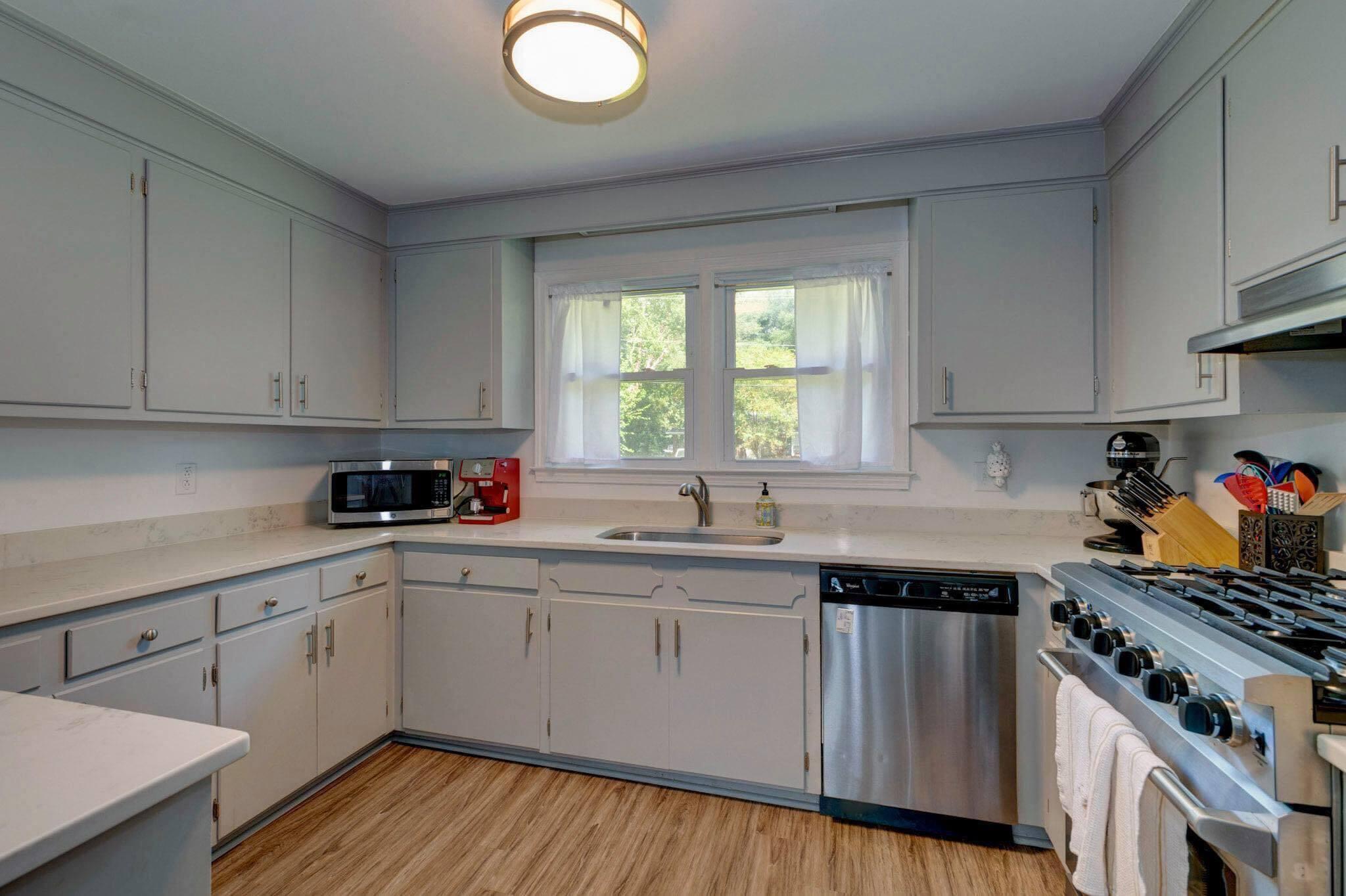 Clarks Point Homes For Sale - 1257 Julian Clark, Charleston, SC - 8