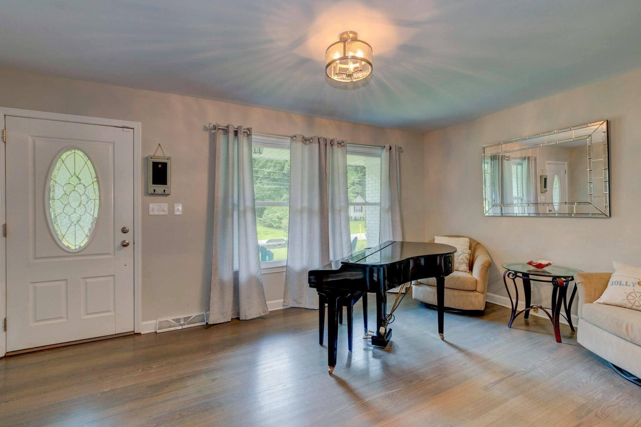 Clarks Point Homes For Sale - 1257 Julian Clark, Charleston, SC - 5