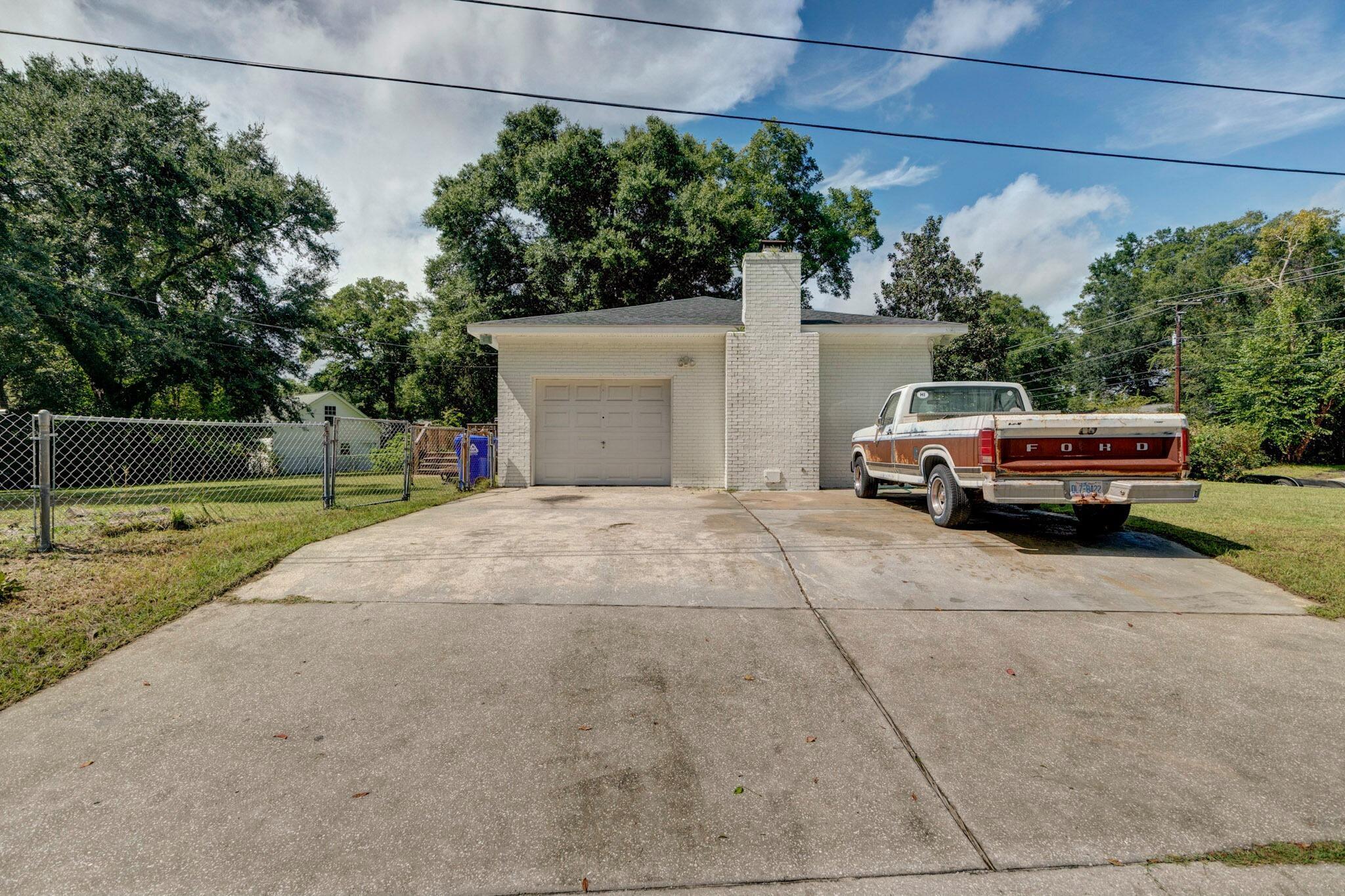 Clarks Point Homes For Sale - 1257 Julian Clark, Charleston, SC - 13