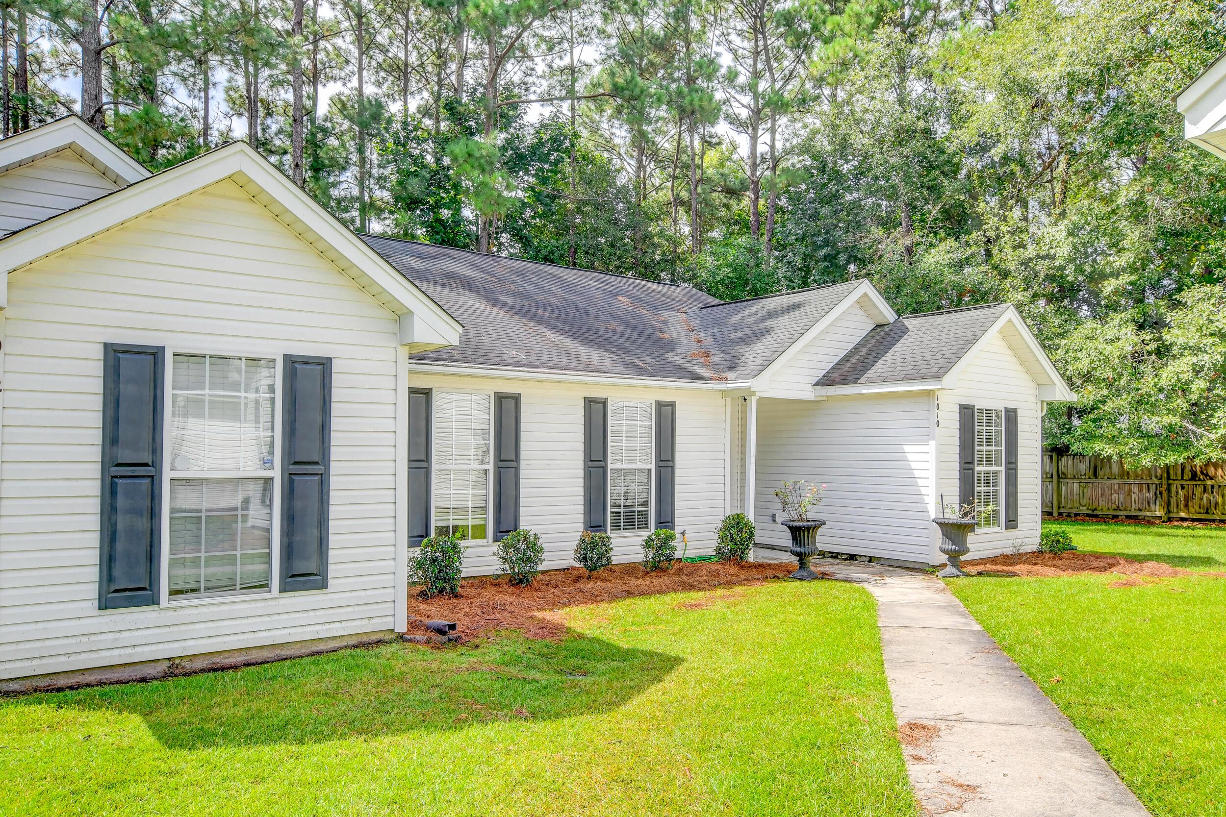 Crowfield Plantation Homes For Sale - 1010 Longview, Goose Creek, SC - 12