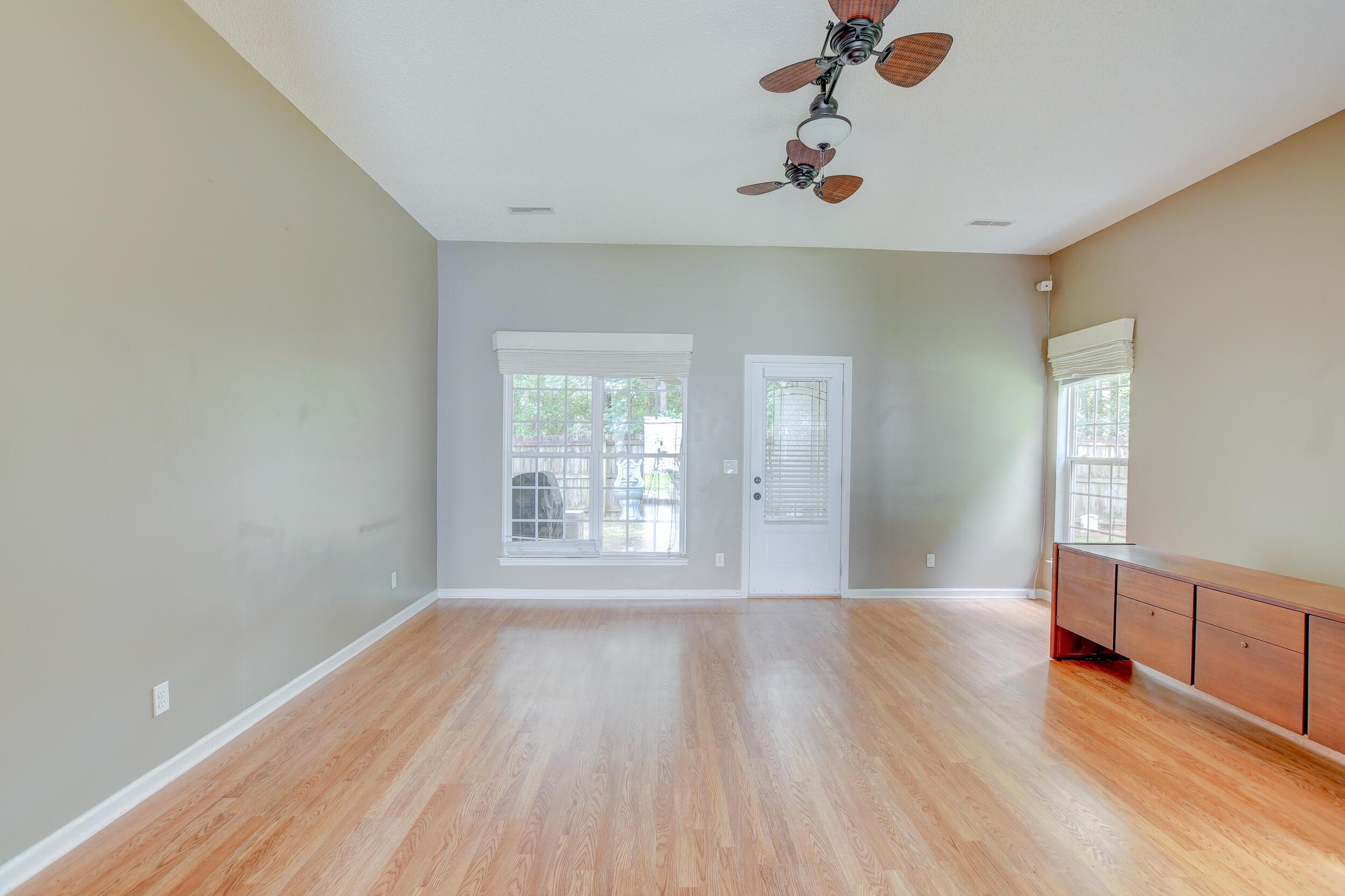 Crowfield Plantation Homes For Sale - 1010 Longview, Goose Creek, SC - 20