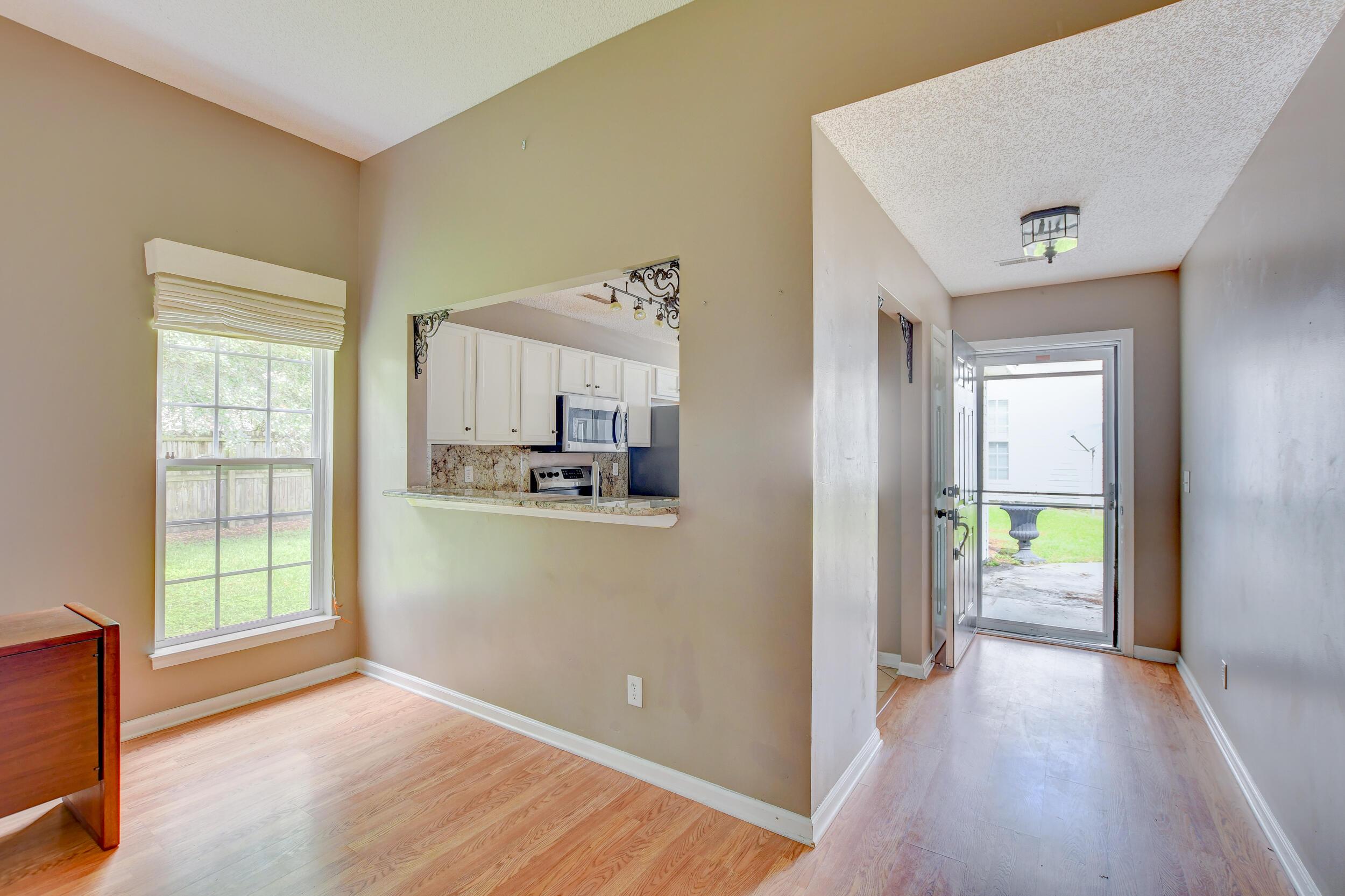 Crowfield Plantation Homes For Sale - 1010 Longview, Goose Creek, SC - 14
