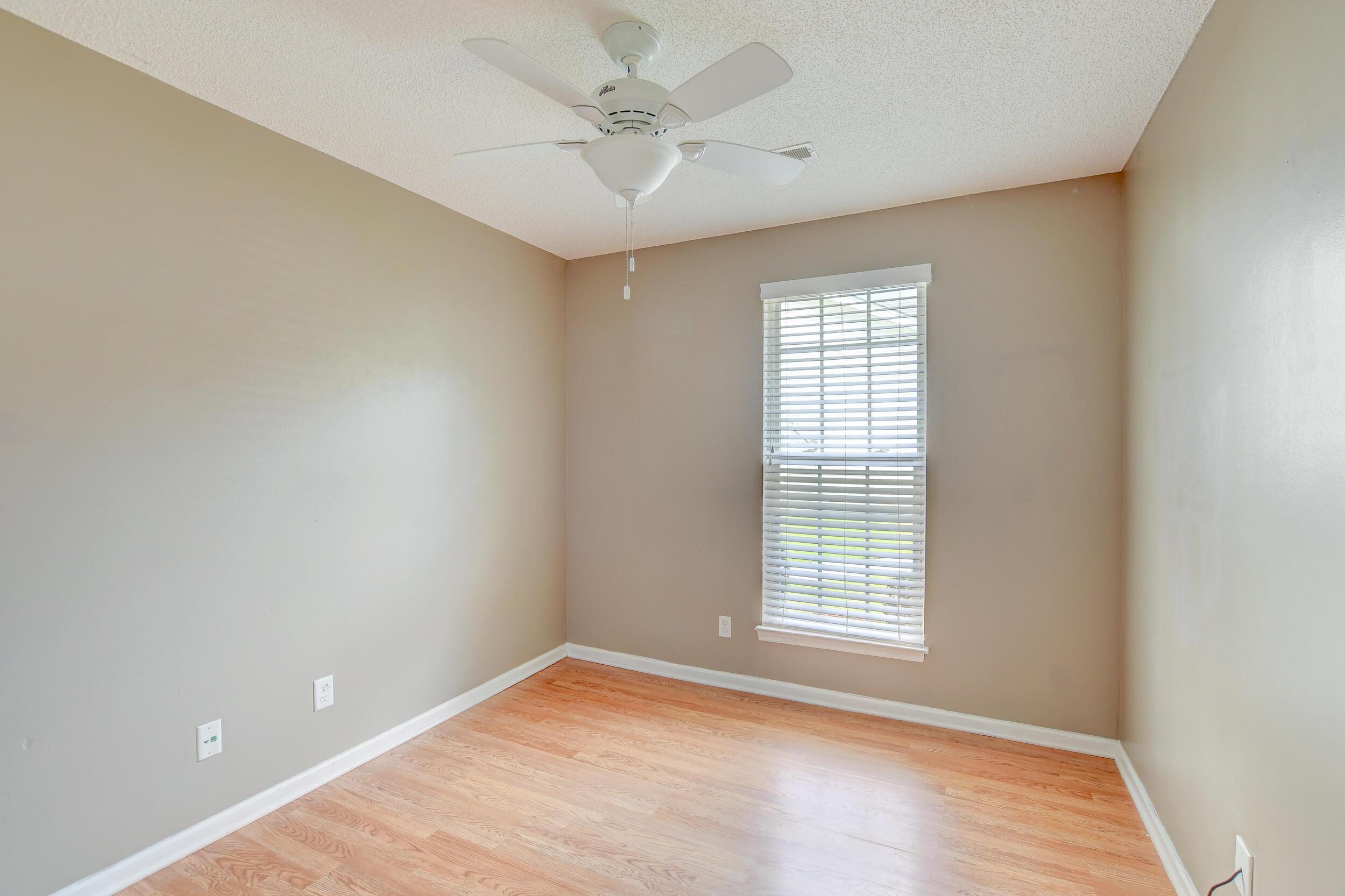 Crowfield Plantation Homes For Sale - 1010 Longview, Goose Creek, SC - 17