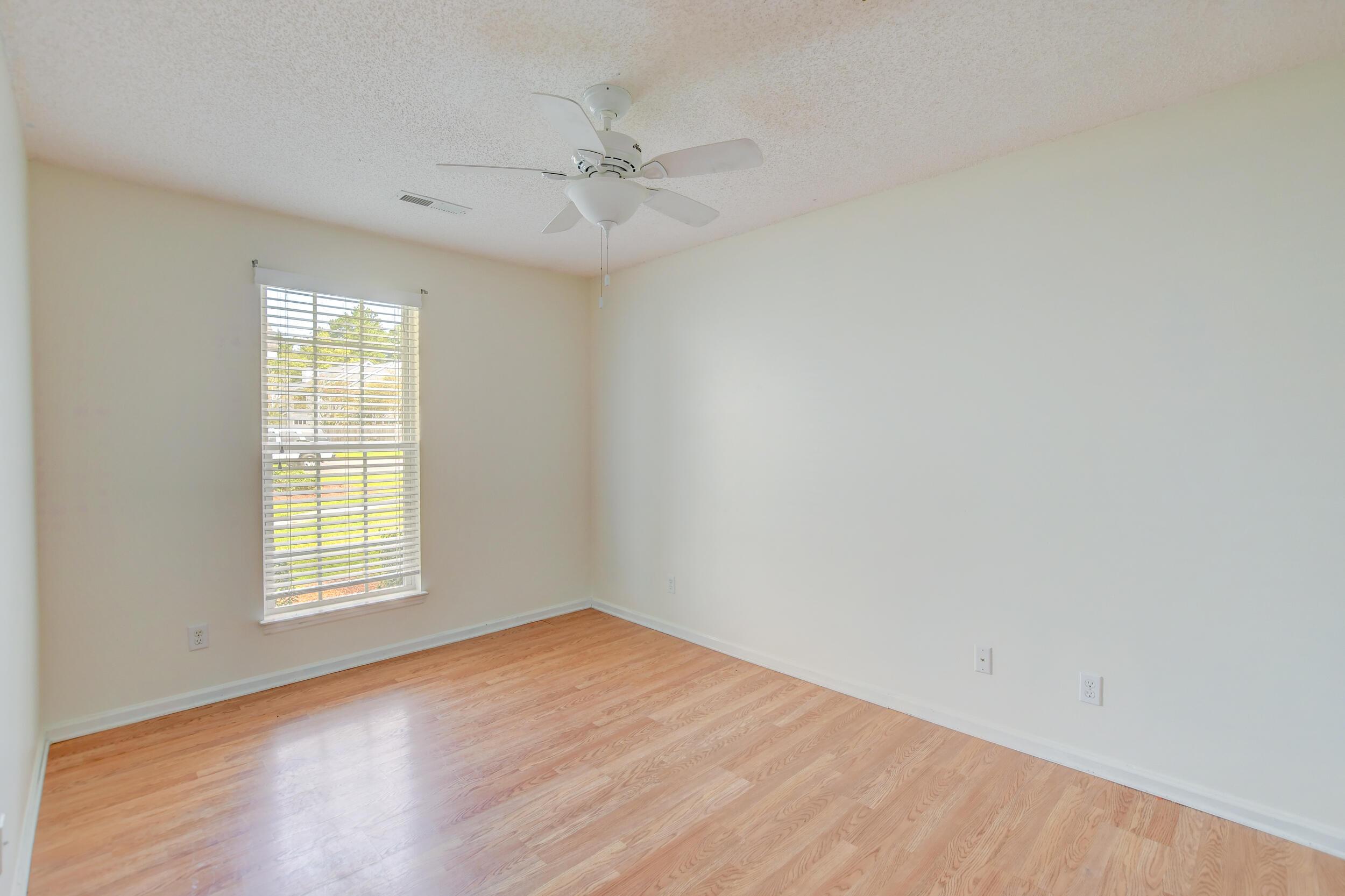 Crowfield Plantation Homes For Sale - 1010 Longview, Goose Creek, SC - 11